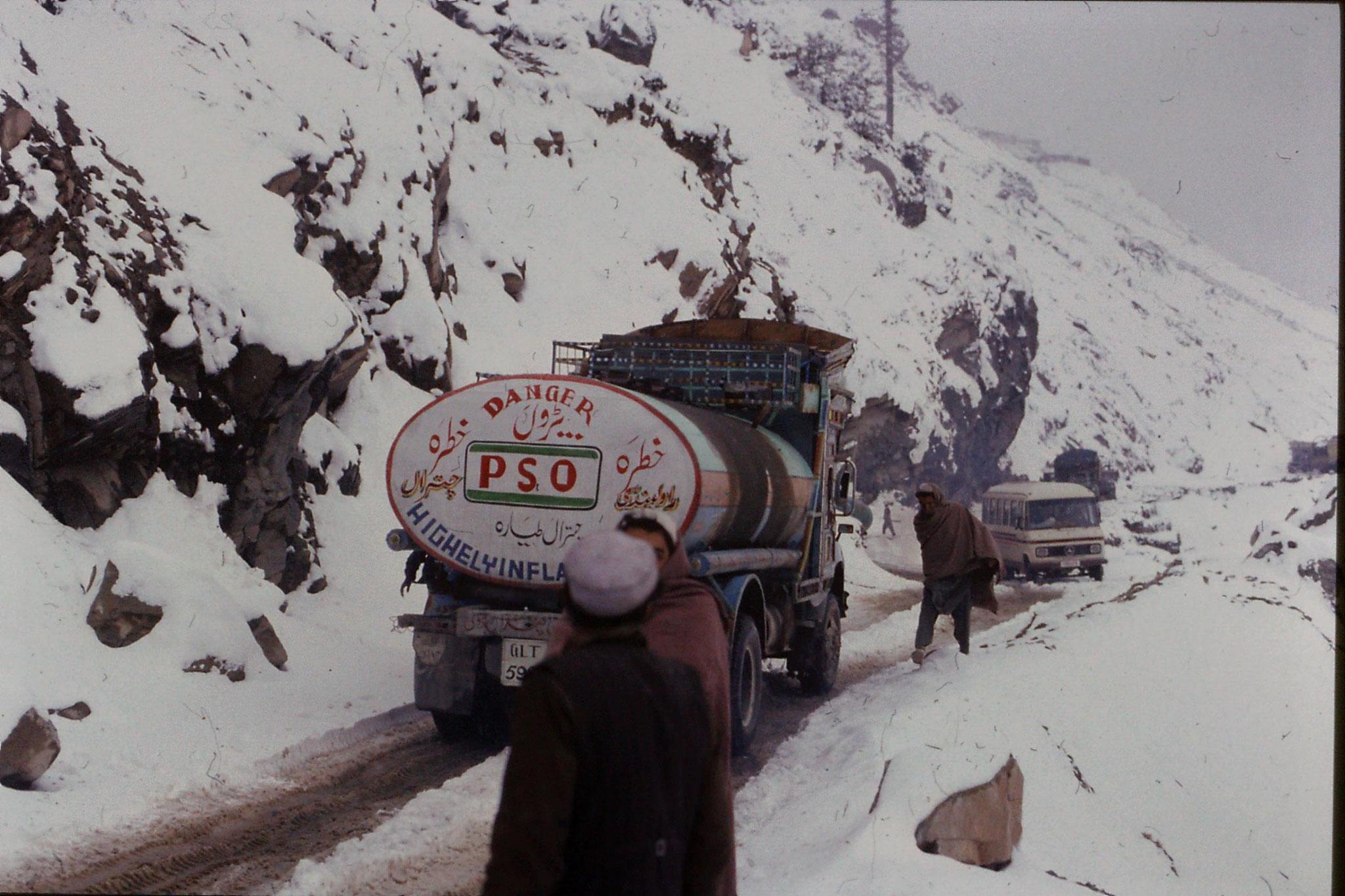 2/11/1989: 6: Loweri Pass