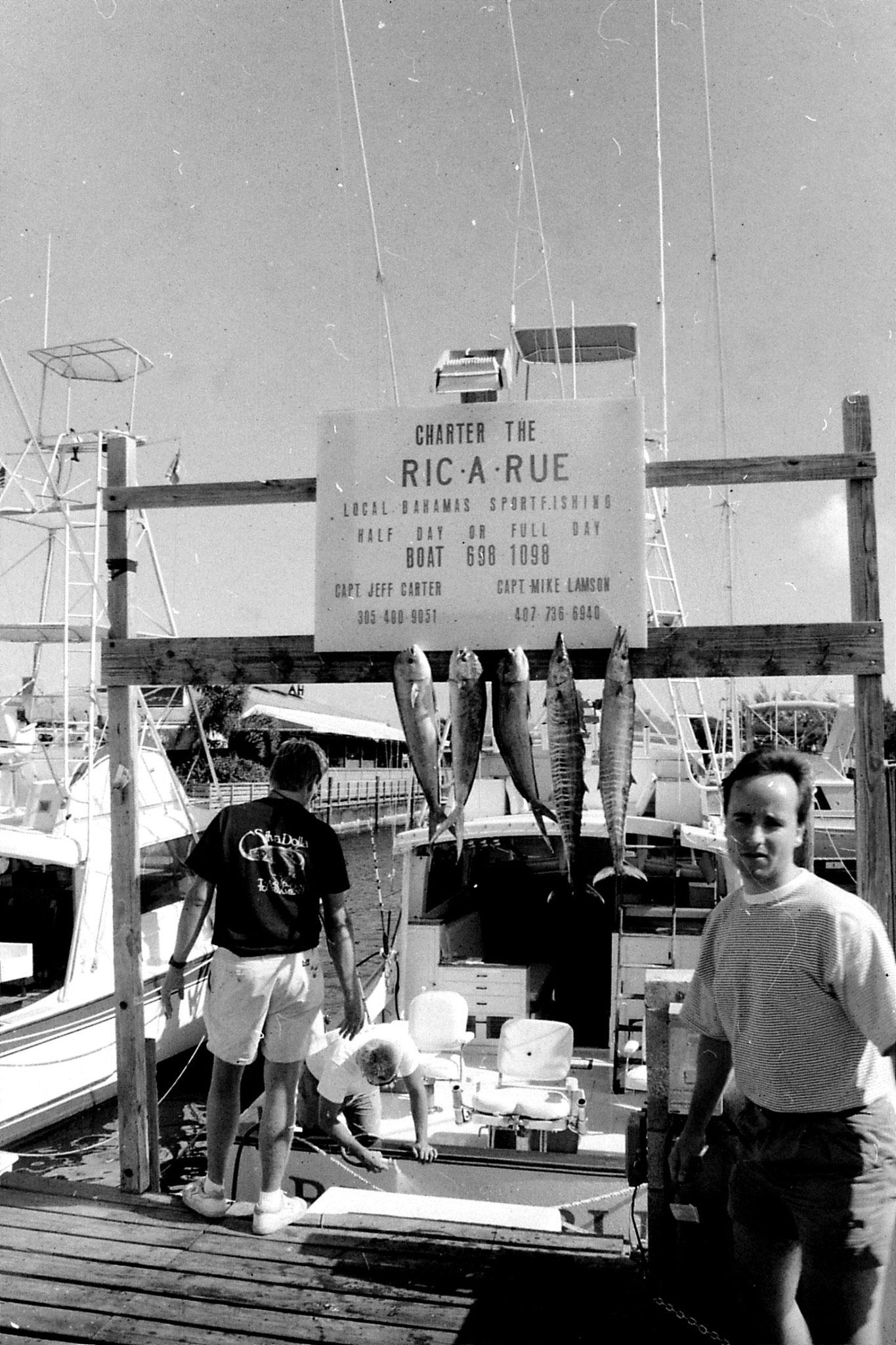 12/1990: 22: Fishing trip