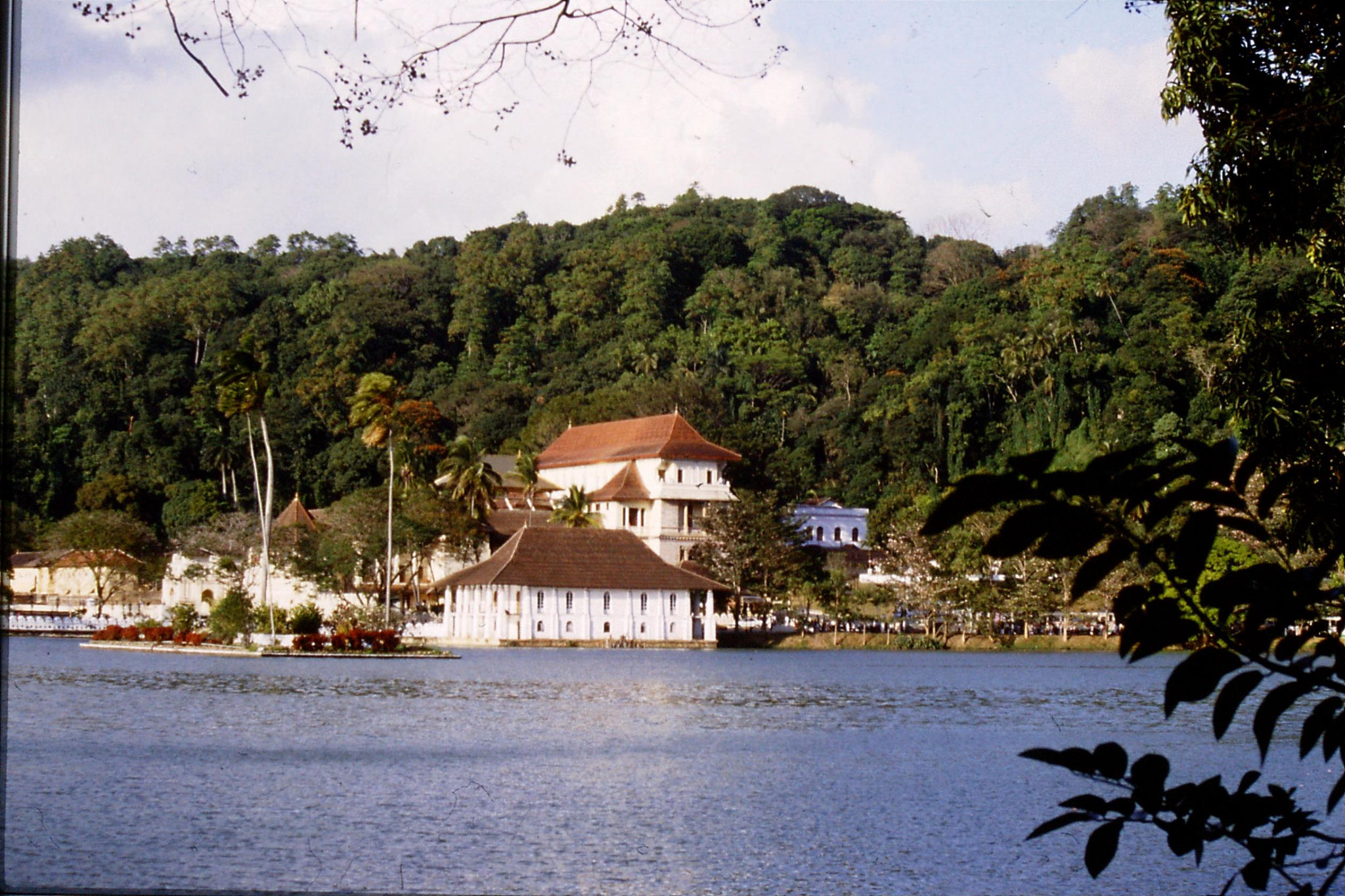 4/2/1990: 12: Kandy Temple of the Tooth across Kandy Lake