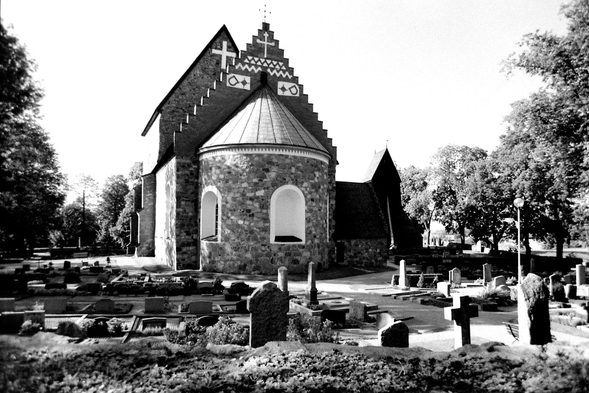 9/9/1988: 3: Gamla Uppsala church
