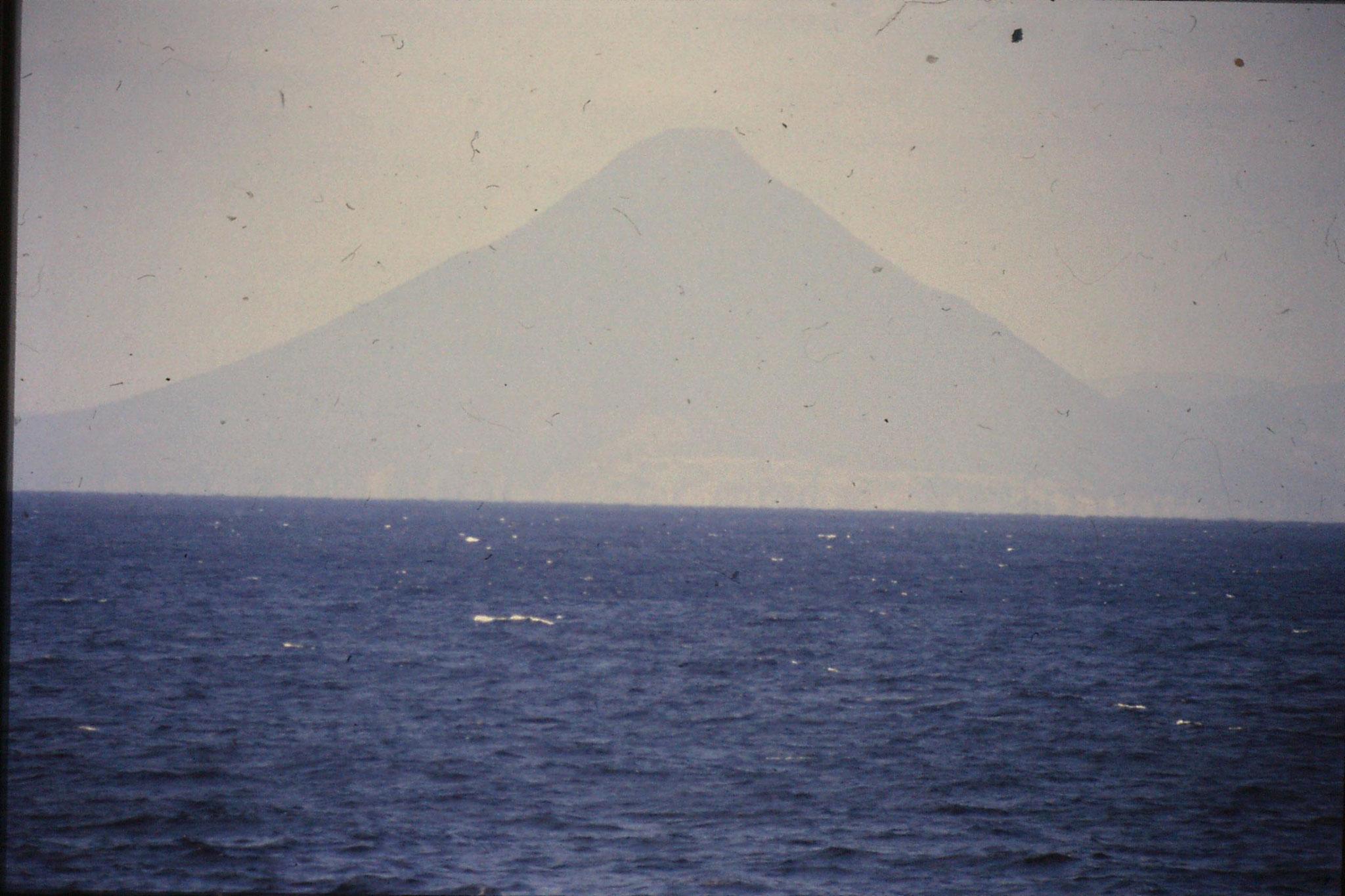 18/12/1988: 19: Mt Sakurajima