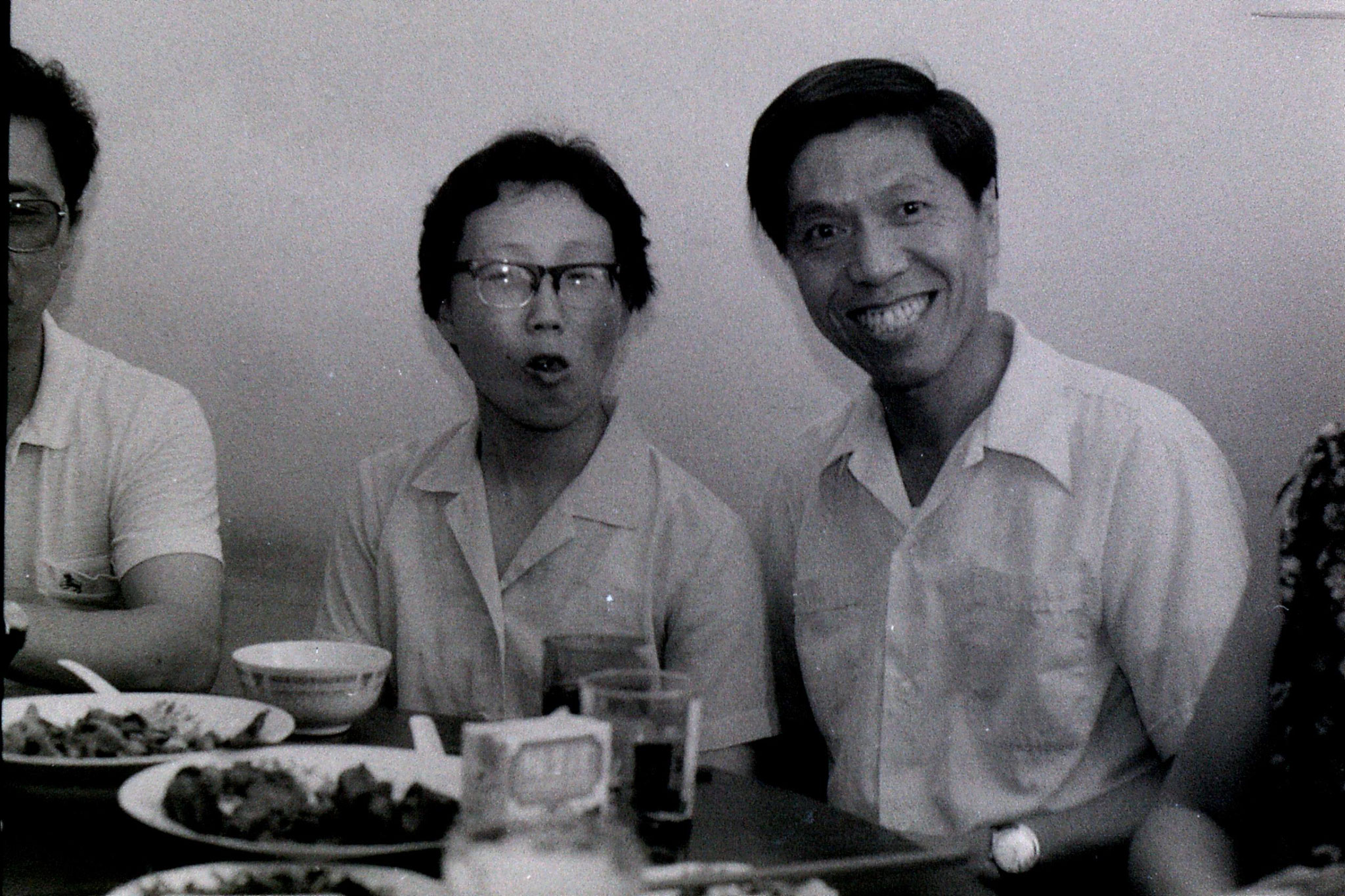 3/7/1989: 10: Shanghai, lunch at Prof. Xu's flat