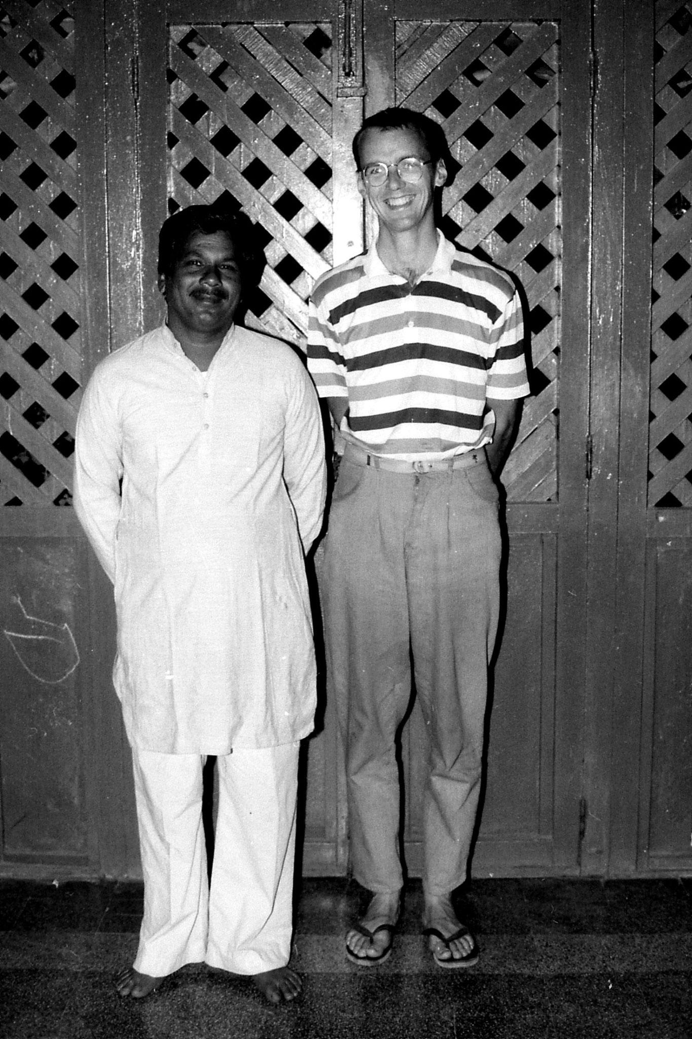11/12/1989: 26: Chourasia family