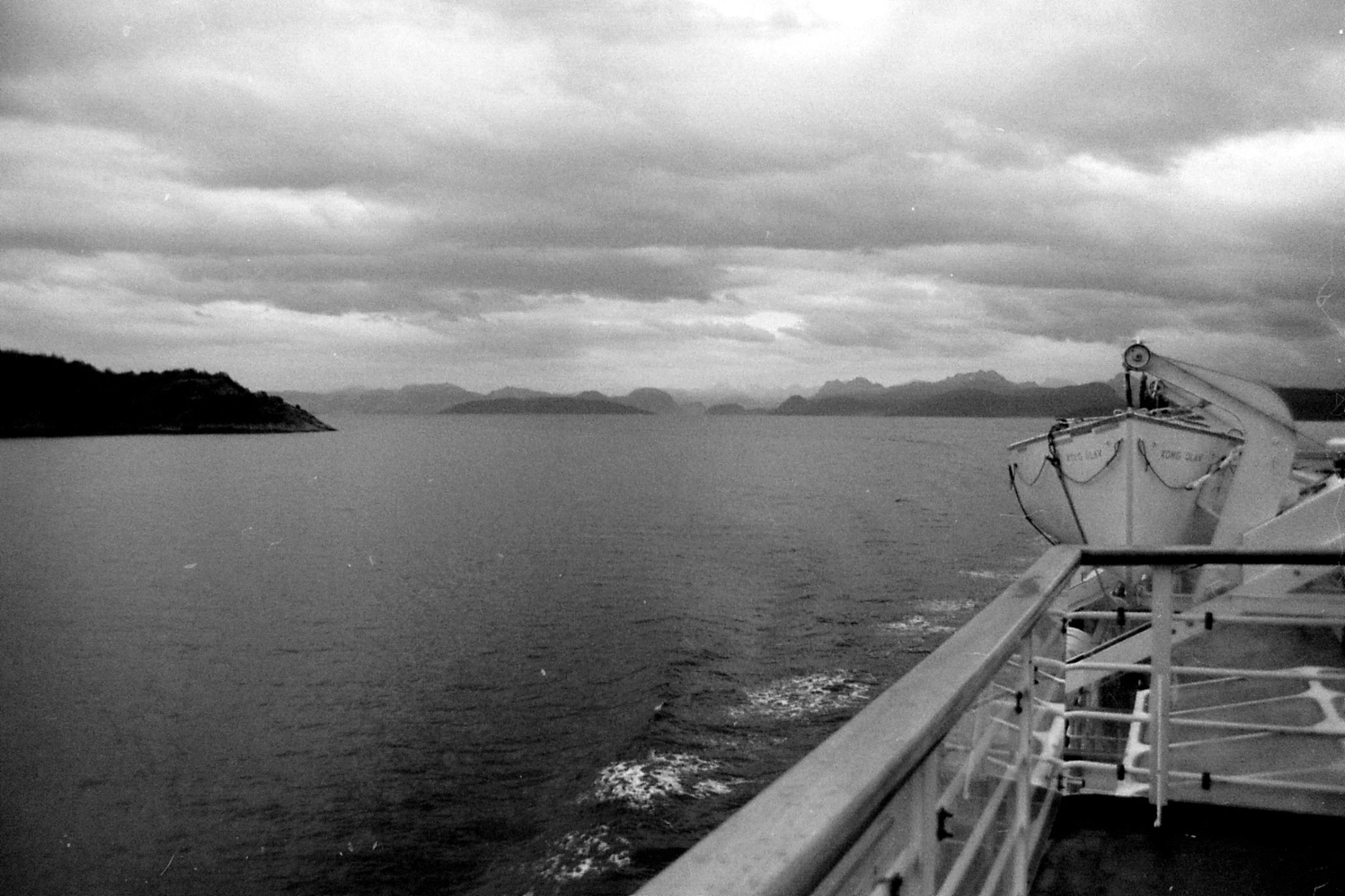 22/9/1988: 4: leaving Molde, Romsdal mountains