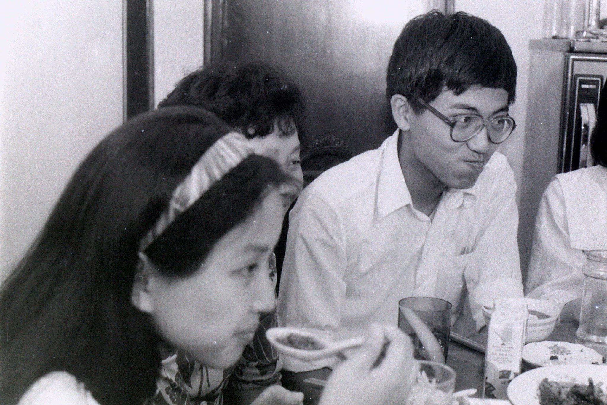3/7/1989: 14: Shanghai, lunch at Prof. Xu's flat