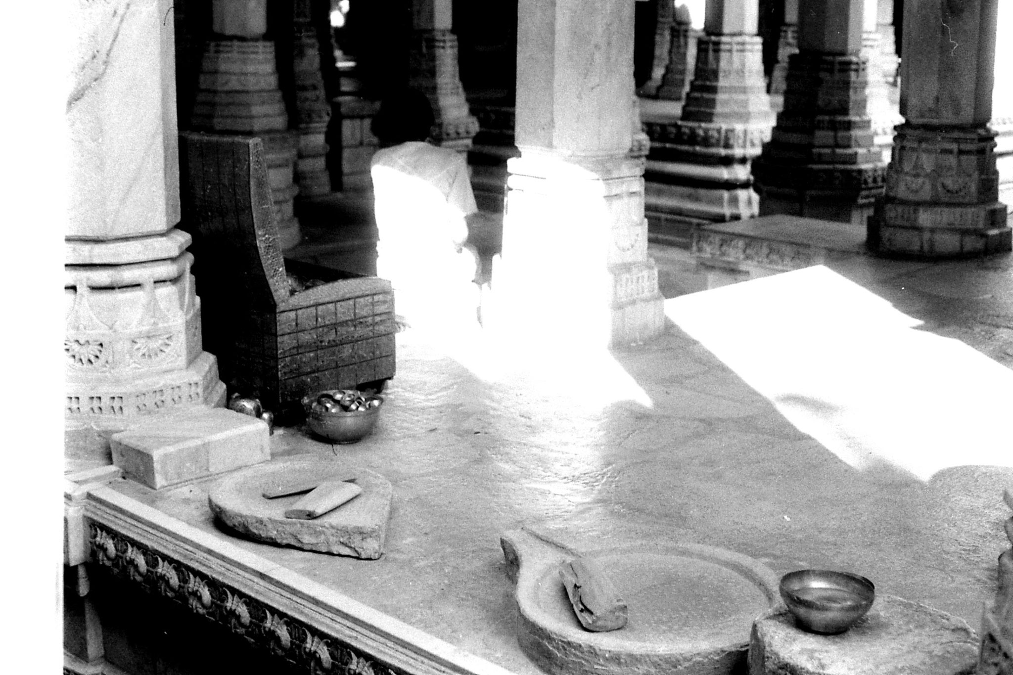 6/12/1989: 7: Ranakpur Jain temple