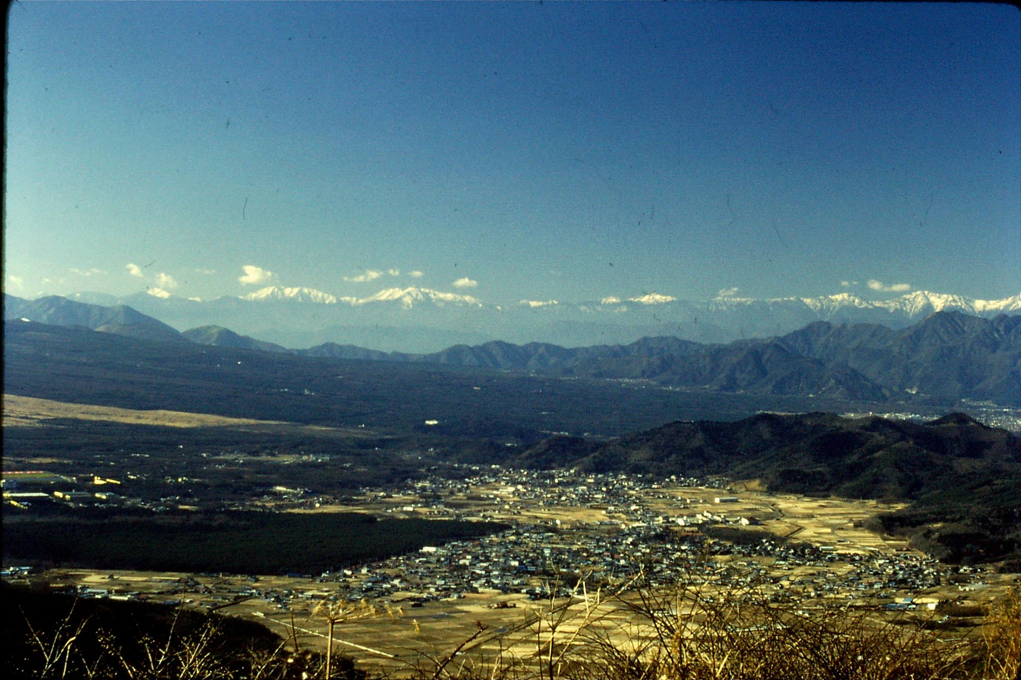 31/12/1988: 9: view across Five Lake area