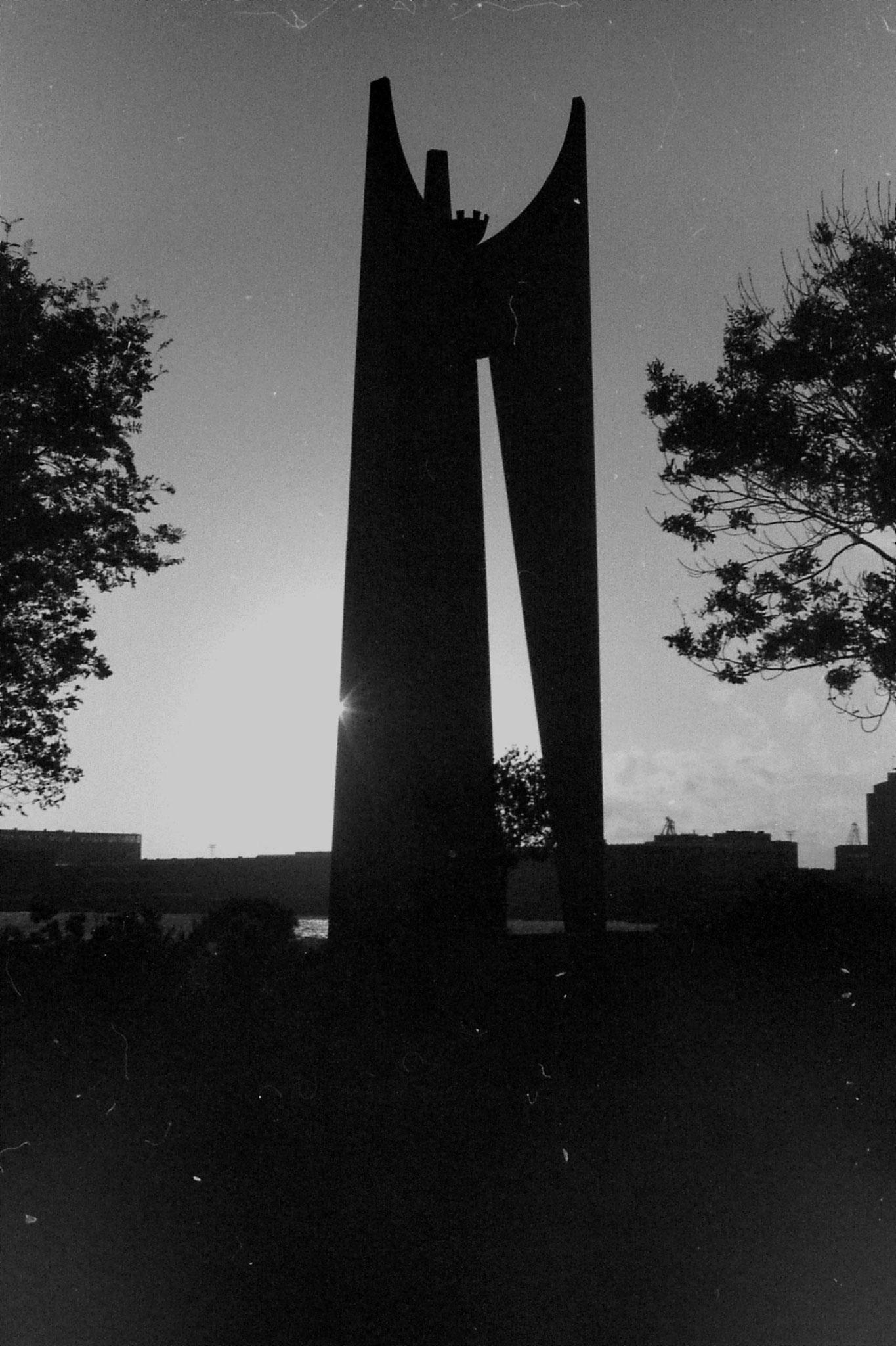 30/9/1988: 12: Helsinki monument to seafarers