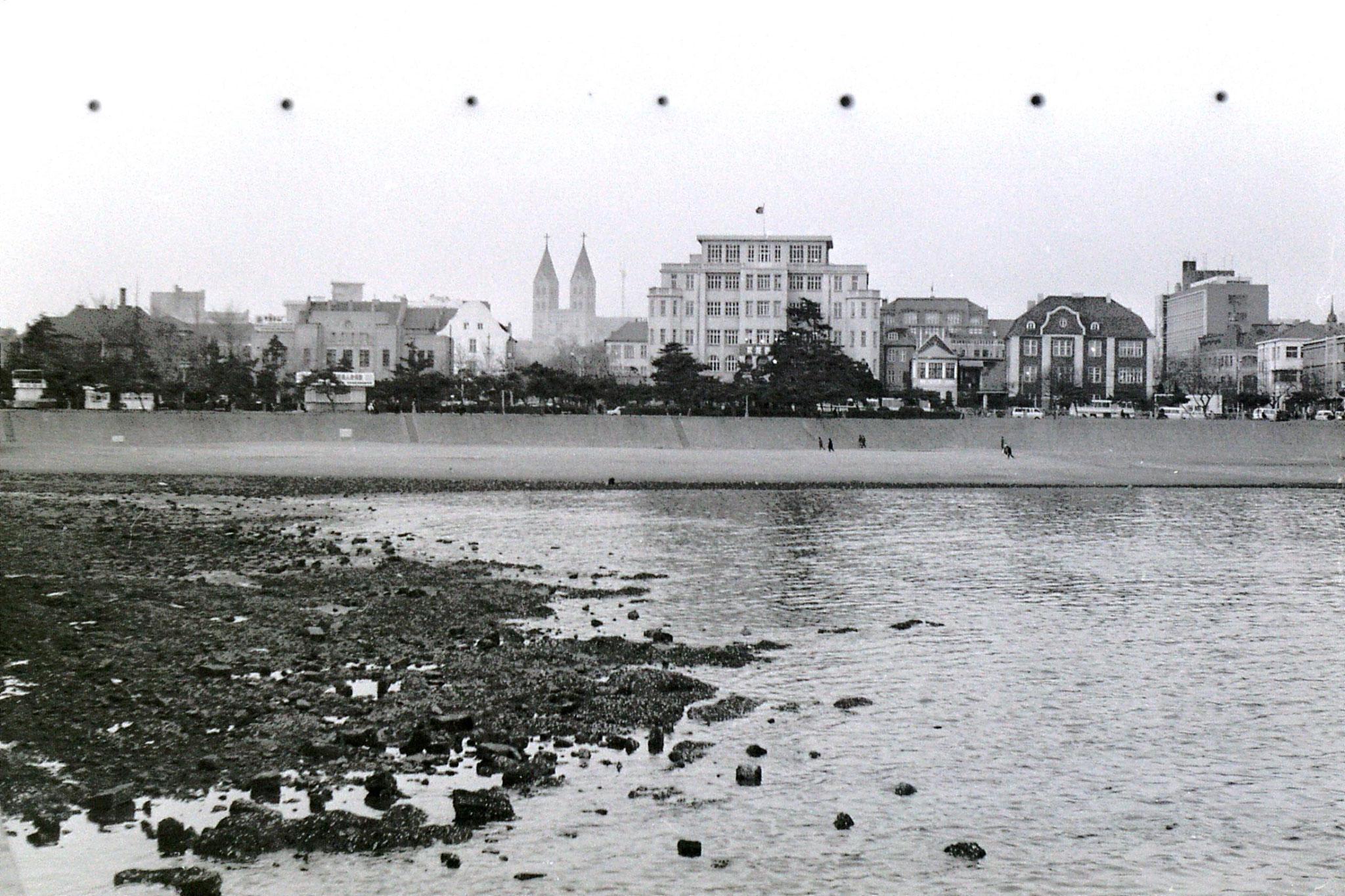 13/2/1989: 24: Qingdao