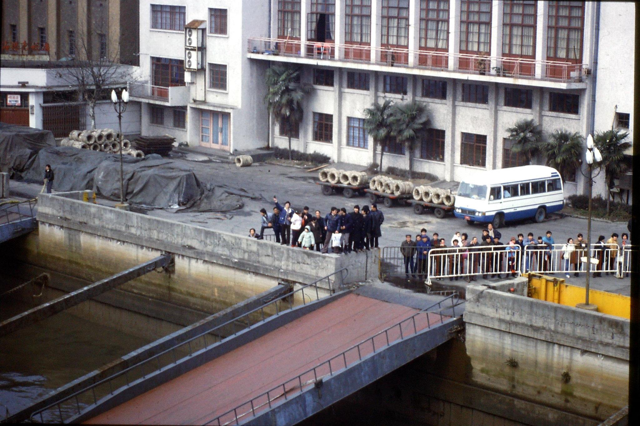 9/2/1989: 23: arrival in Shanghai