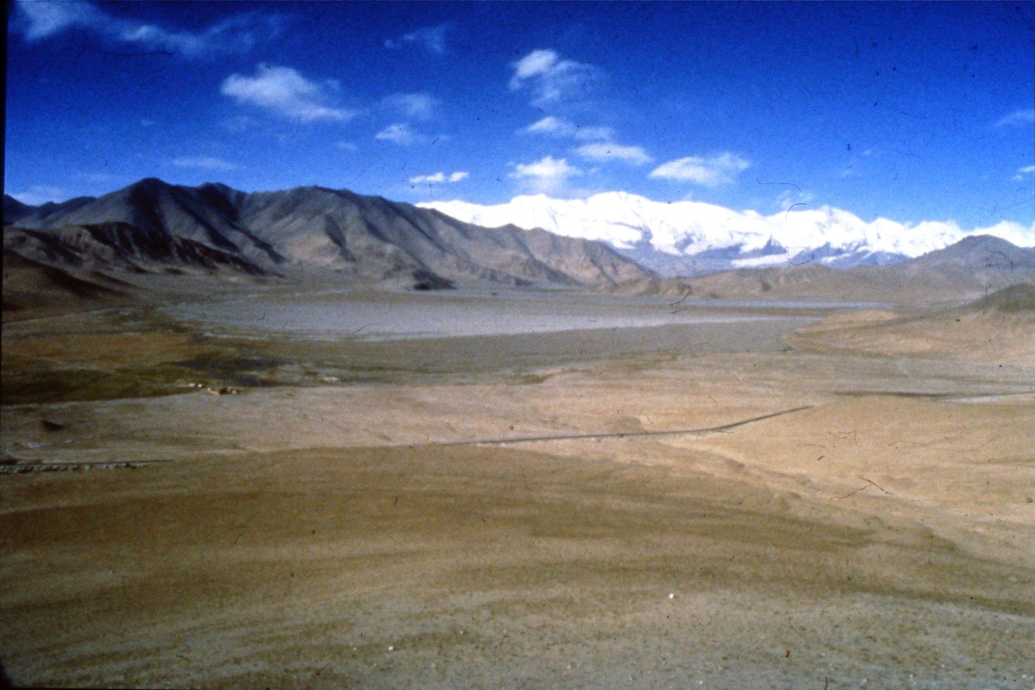 11/9/1989:23: Karakoram Highway 1500