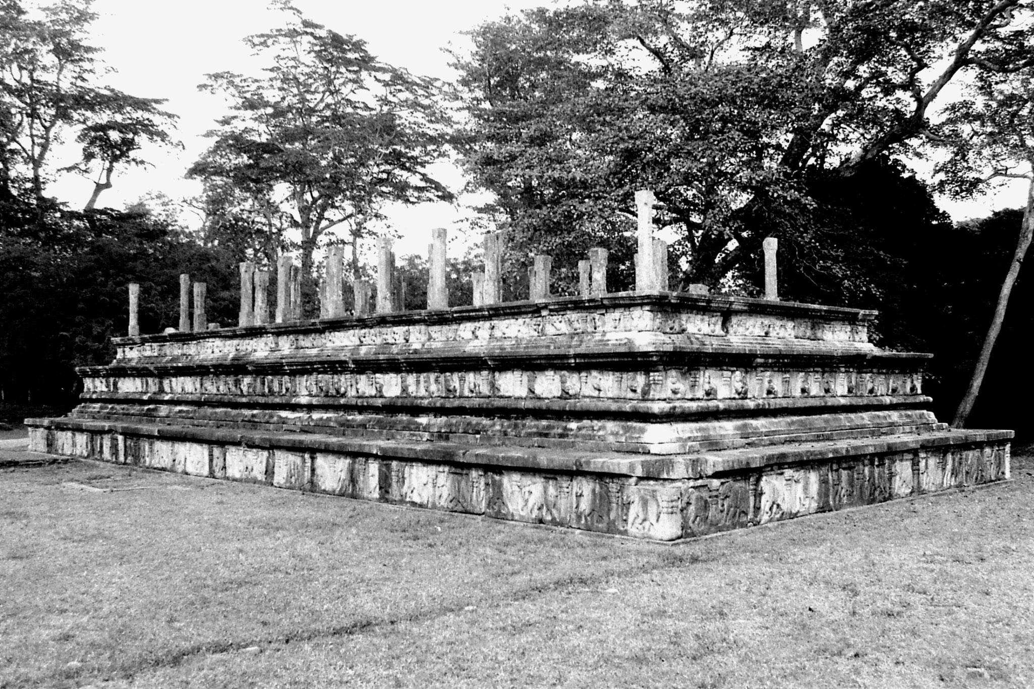 7/2/90: 12: Polonnaruwa