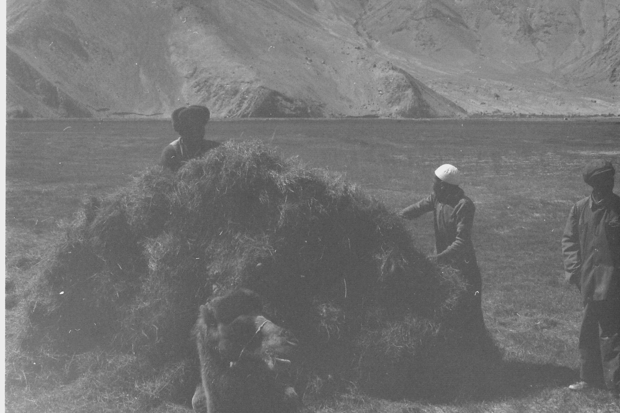10/9/1989: 10: Lake Karakul