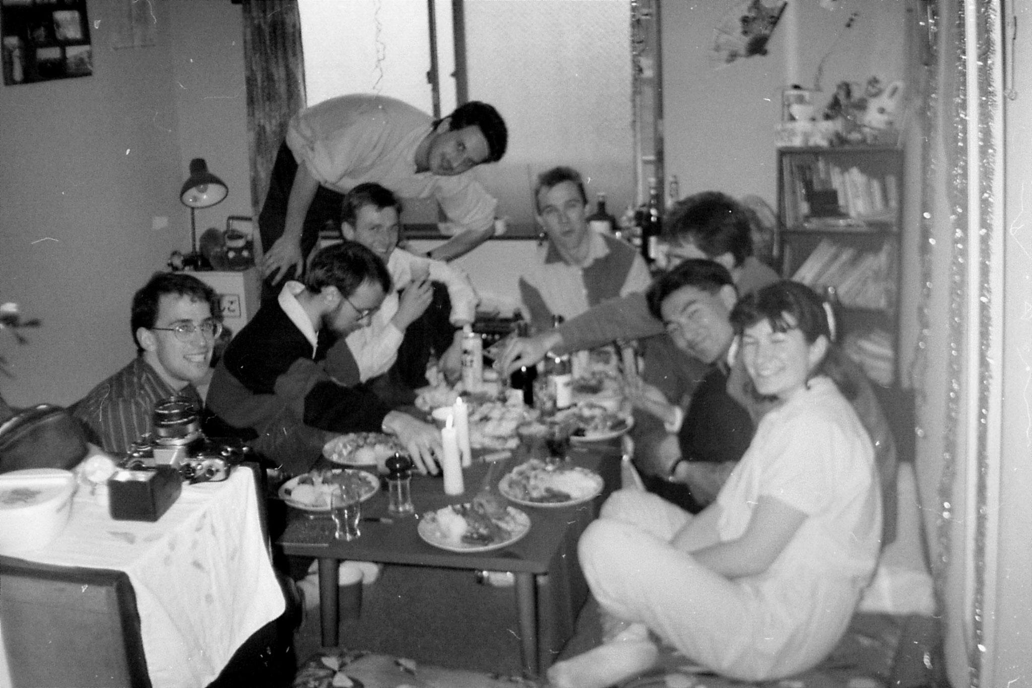 25/12/1988: 32:  Christmas at Joy's in Tokyo