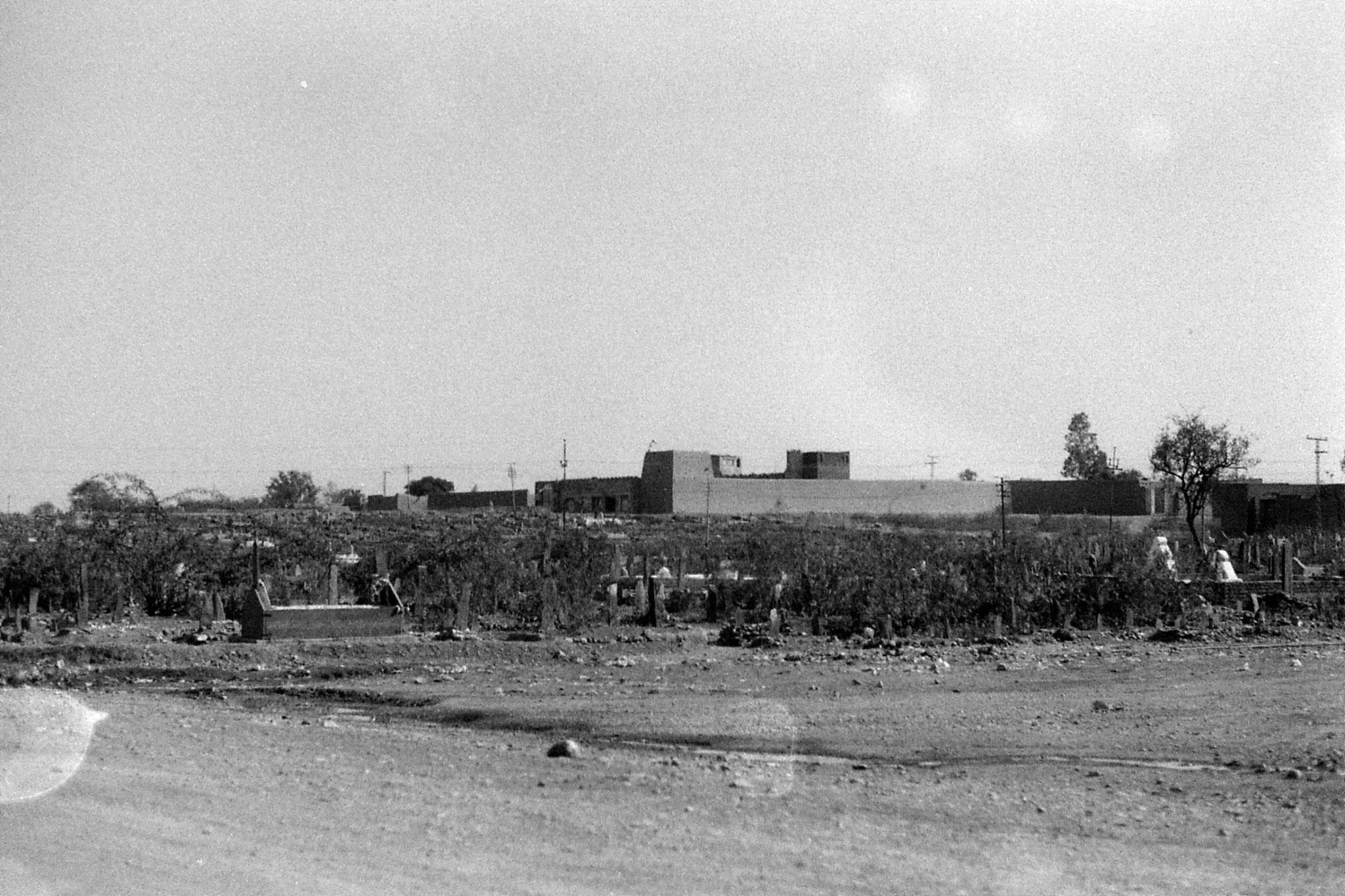 6/11/1989: 31: fortress near Peshawar