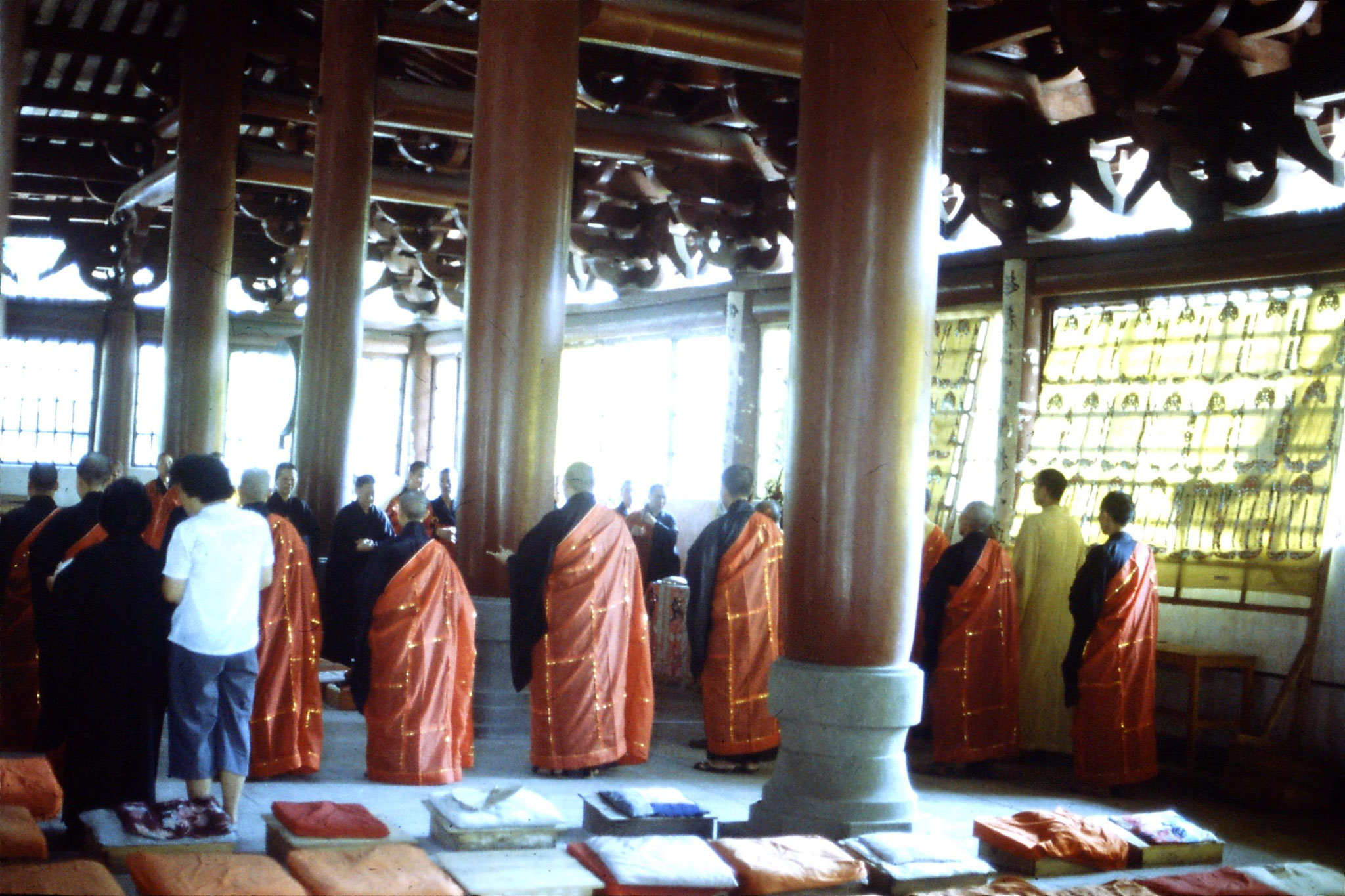 18/5/1989: 1: Guangzhou Filial Piety Temple ceremony