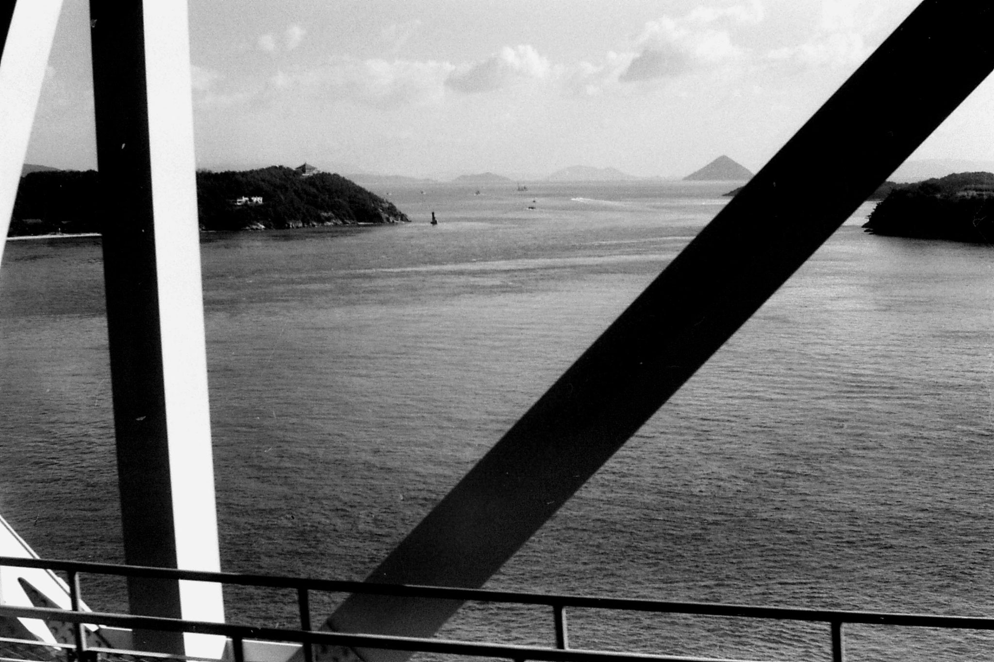 24/1/1989: 10: bridge over Seto Sea