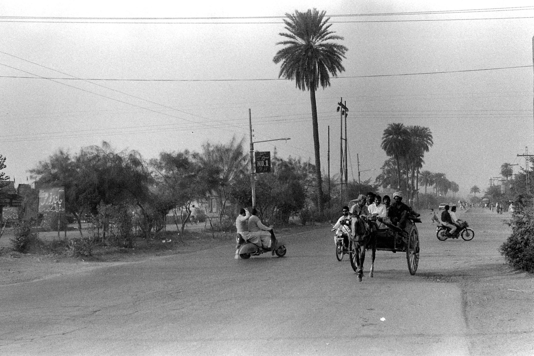 10/11/1989: 0: Lahore Grand Trunk Road to NW