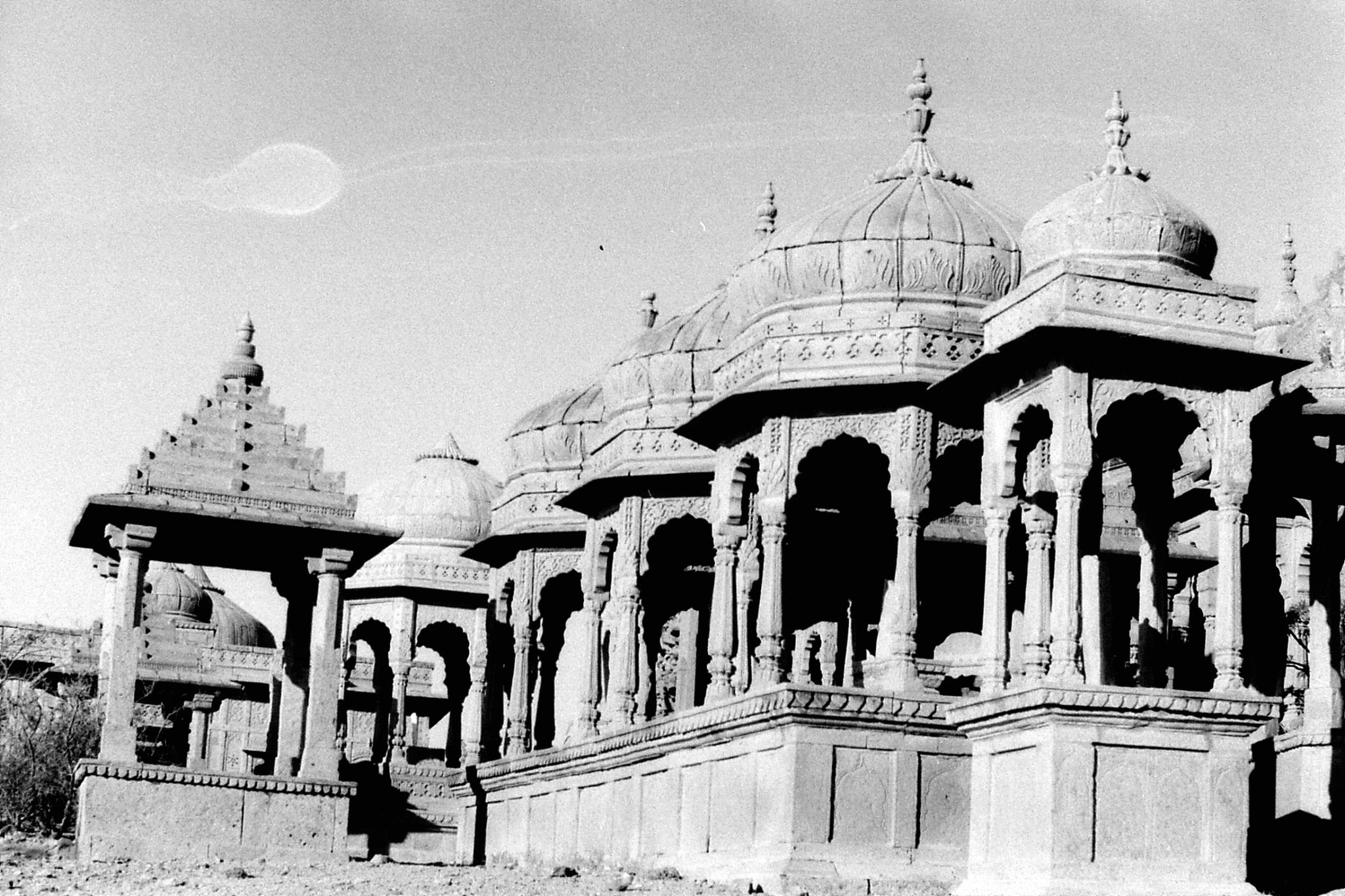 4/12/1989: 6: Jaisalmer cenotaph domes
