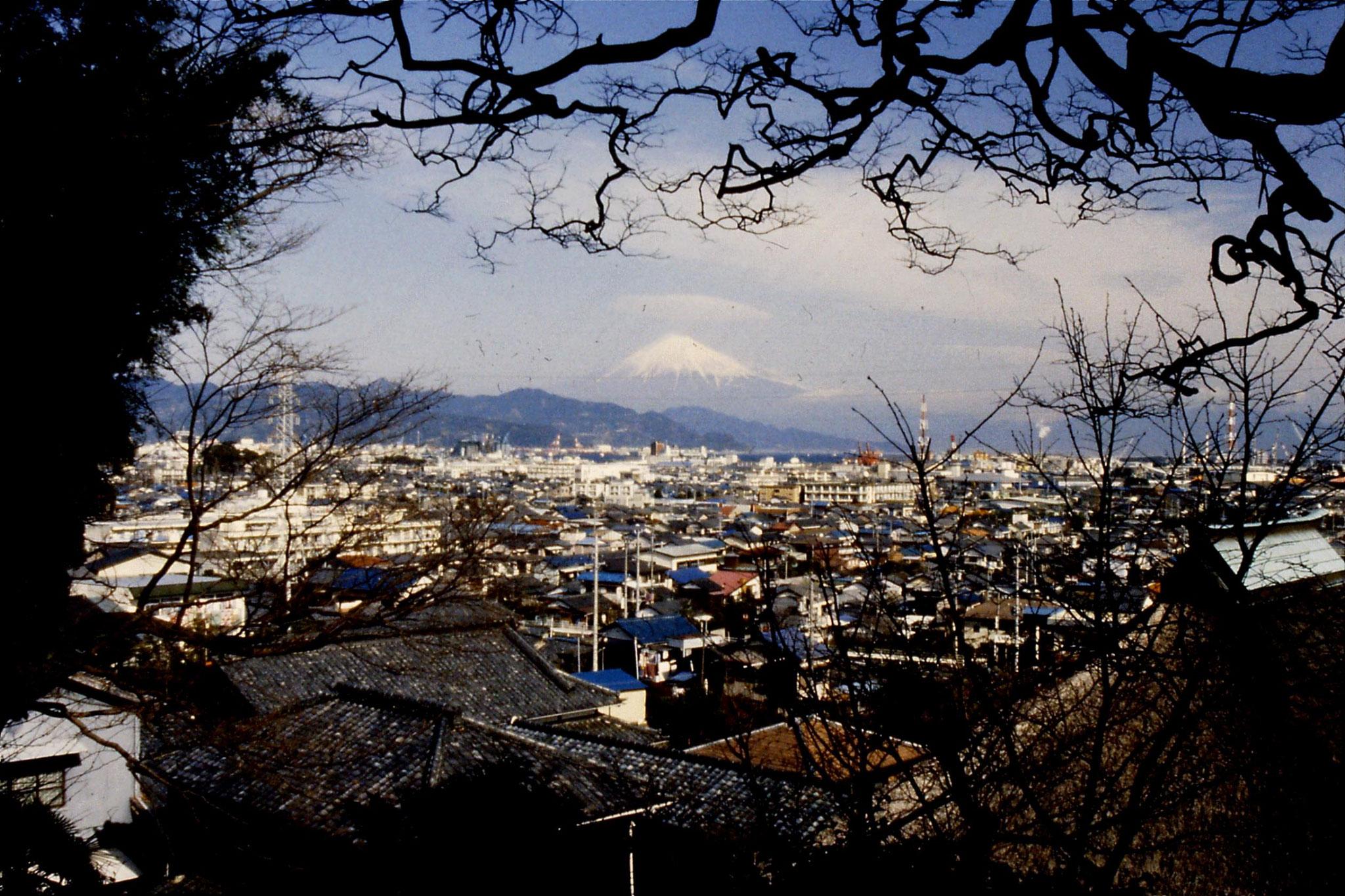 27/1/1989: 19: Fuji and Shimizu town