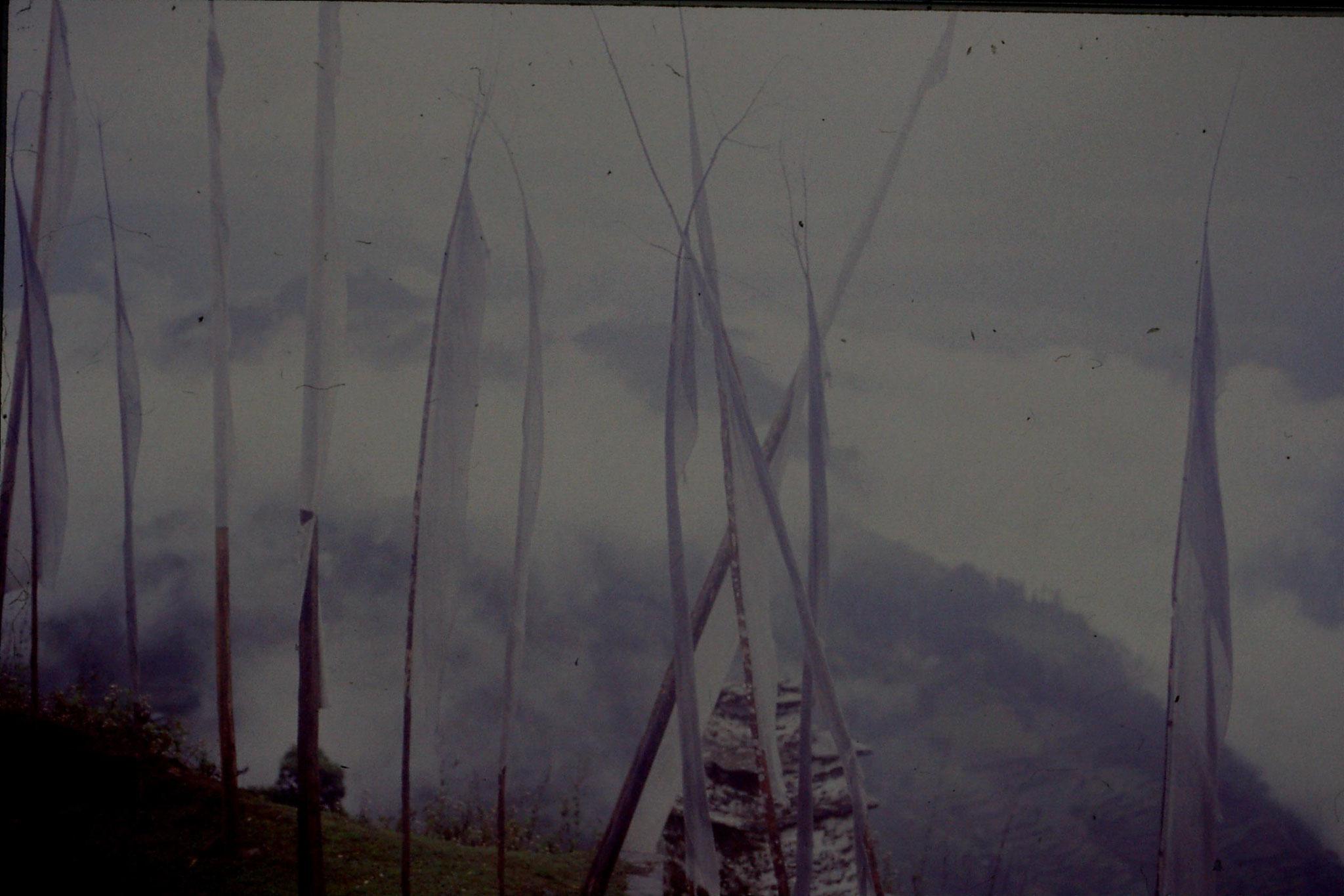 115/26: 27/4/1990 Pelling - Sanga Choling monastery