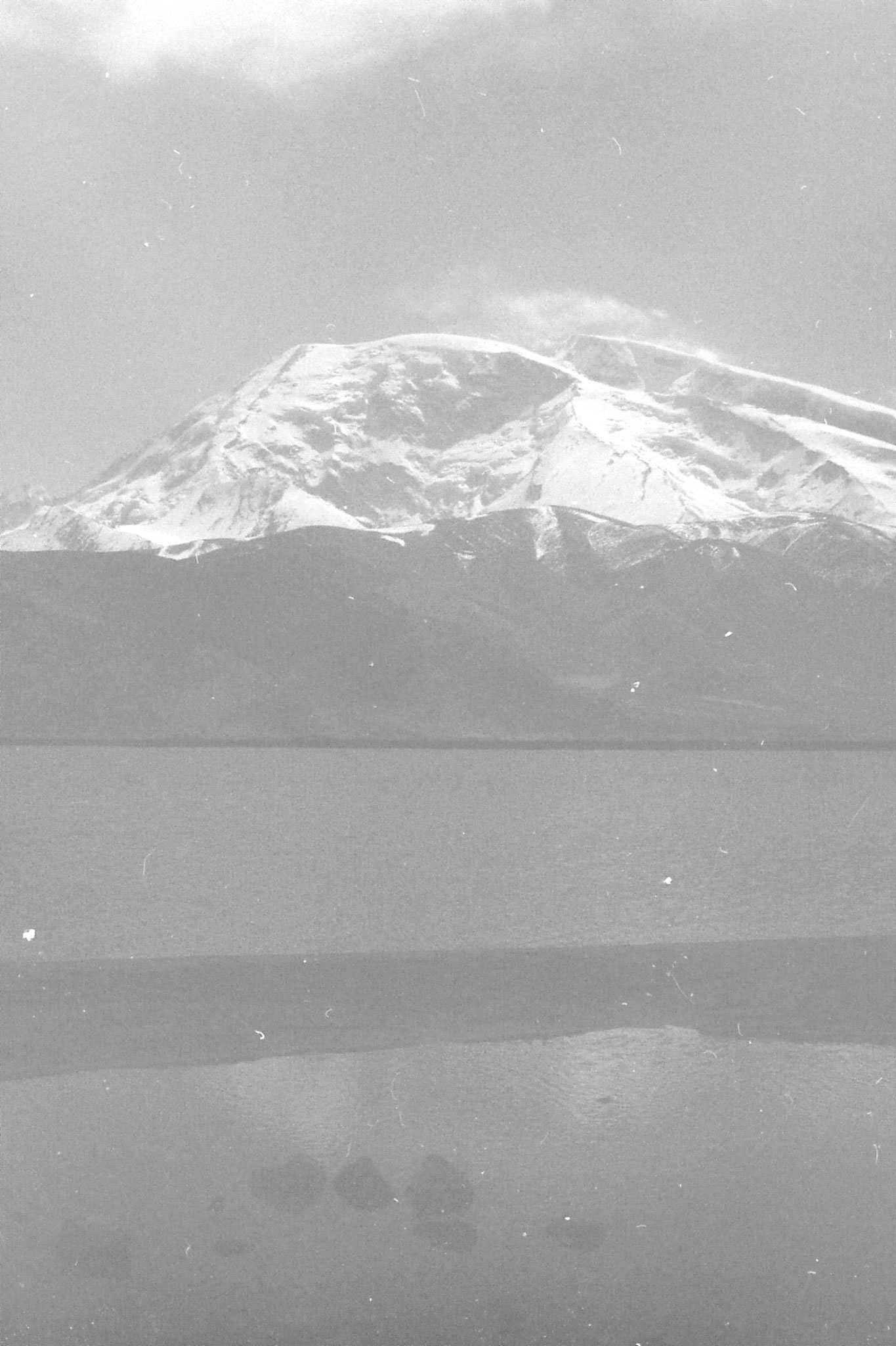 10/9/1989: 3: Lake Karakul