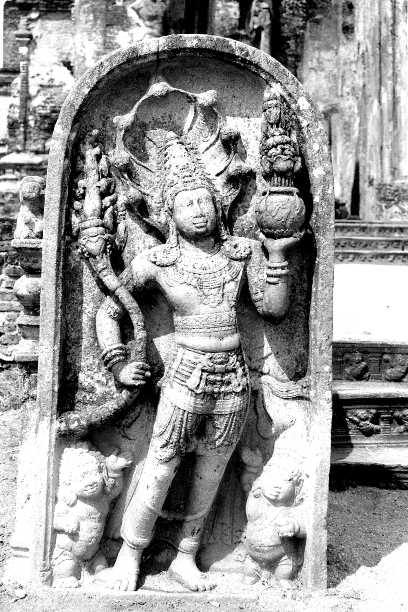 8/2/90: 20: Polonnaruwa
