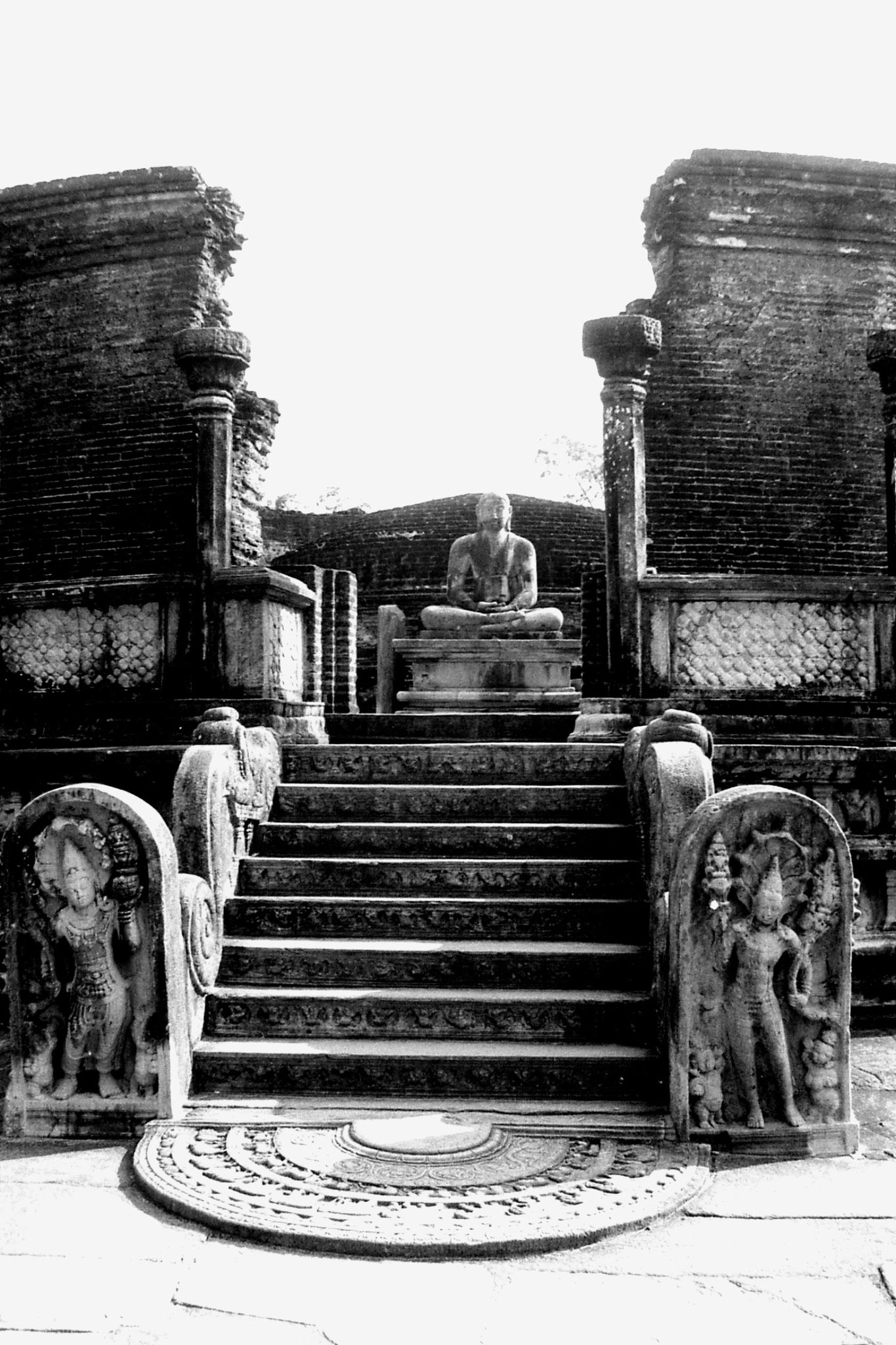 7/2/90: 13: Polonnaruwa