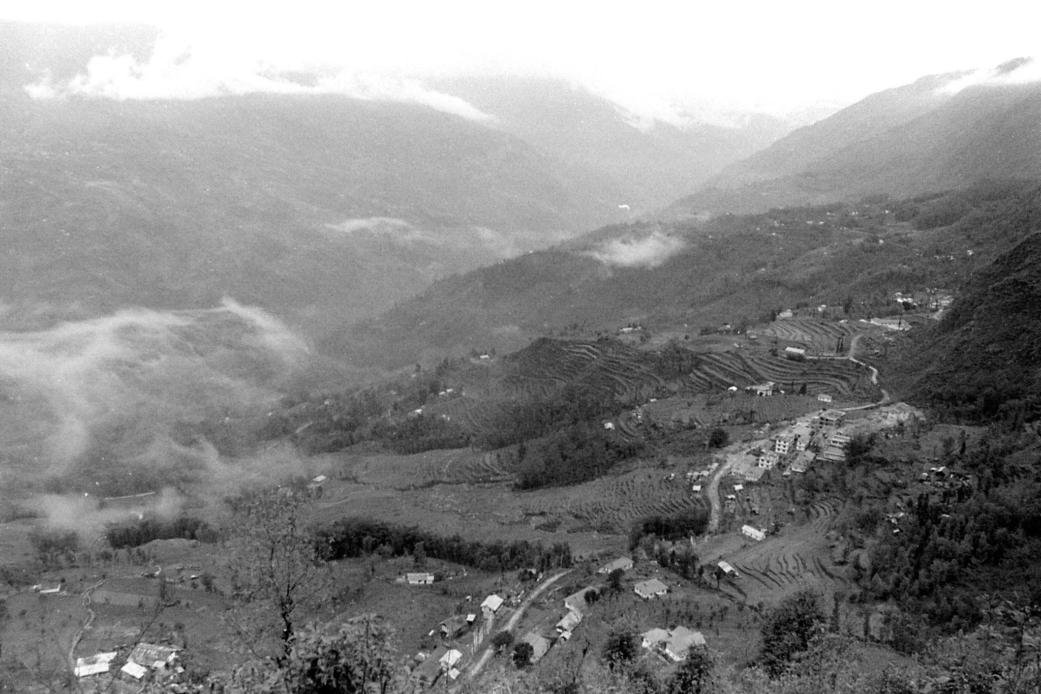 27/4/1990: 30: Pelling Sanga-Choling monastery