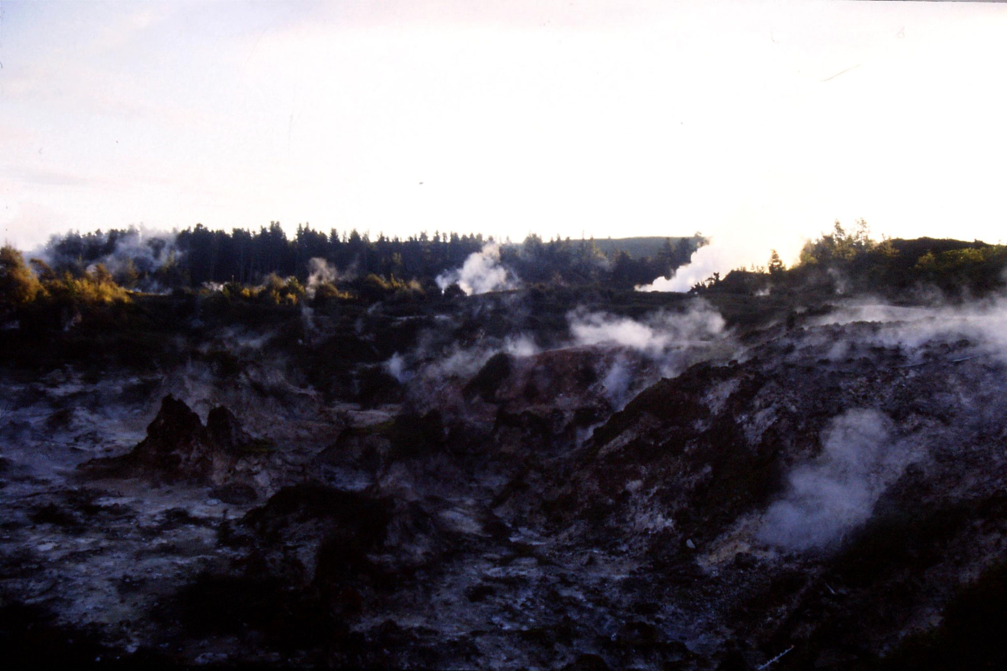 30/8/1990: 18: Craters of the Moon north of Taupo