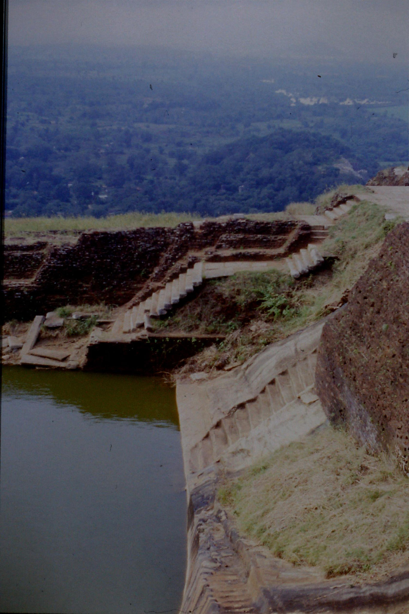 102/30: 7/2/1990 Sigiriya - bathing pools on top of the rock, jungle towards Kandy