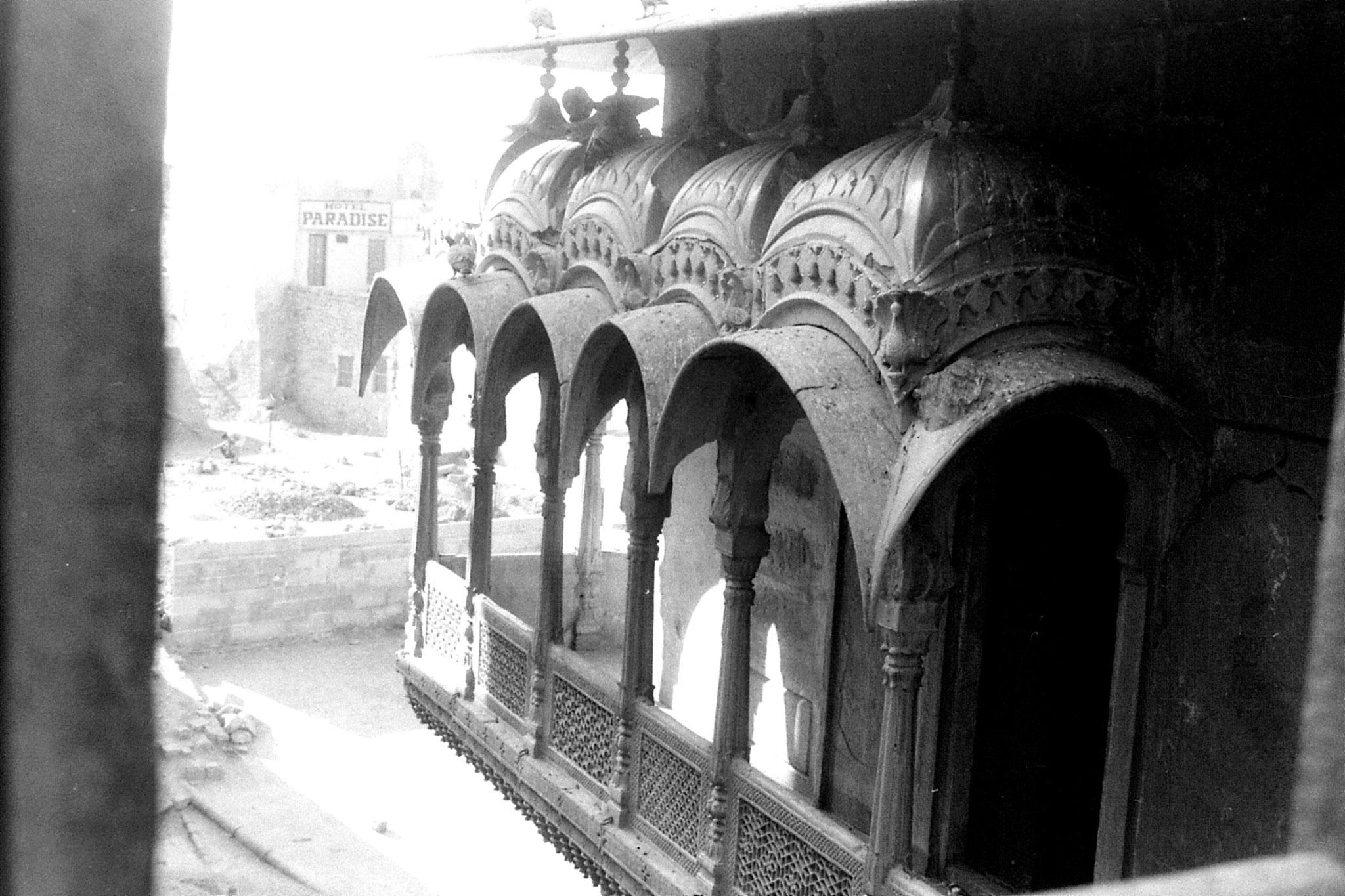 3/12/1989: 21: Jaisalmer balcony