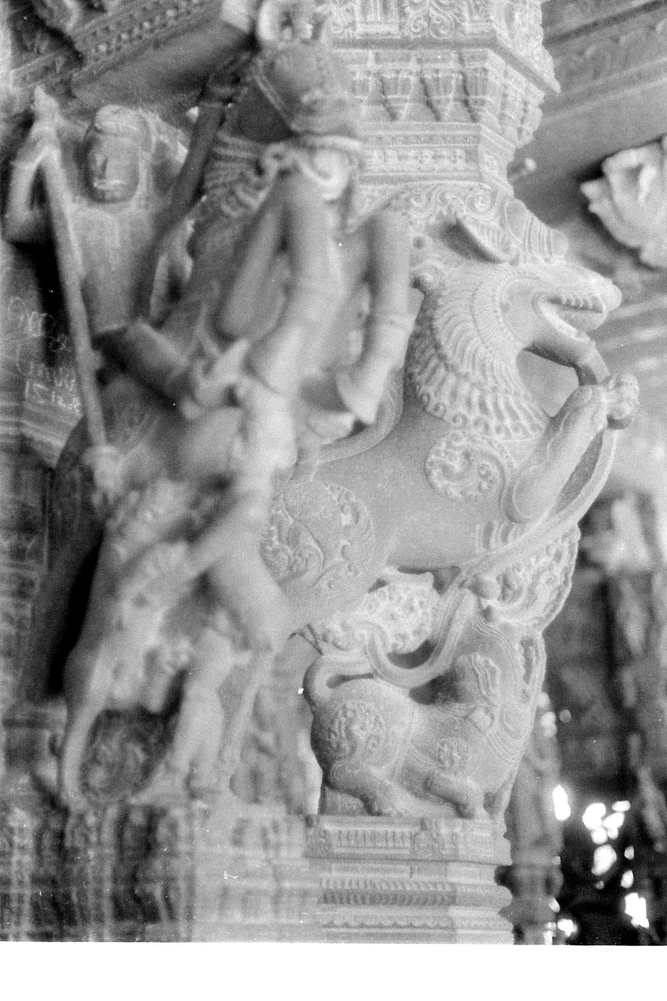 19/1/90: 20: Kanchipuram - Varadharaja Perumal - mandapa for wedding between gods