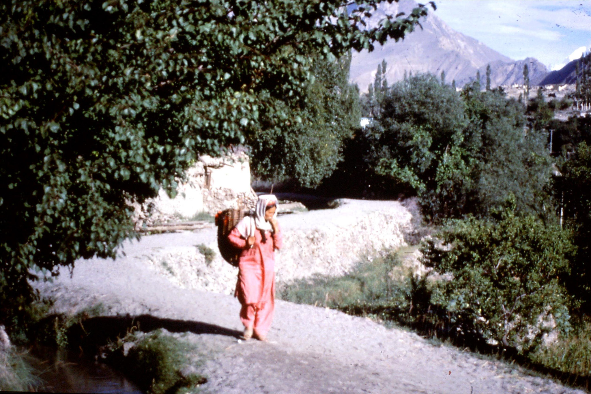 13/9/1989: 28: Karimabad