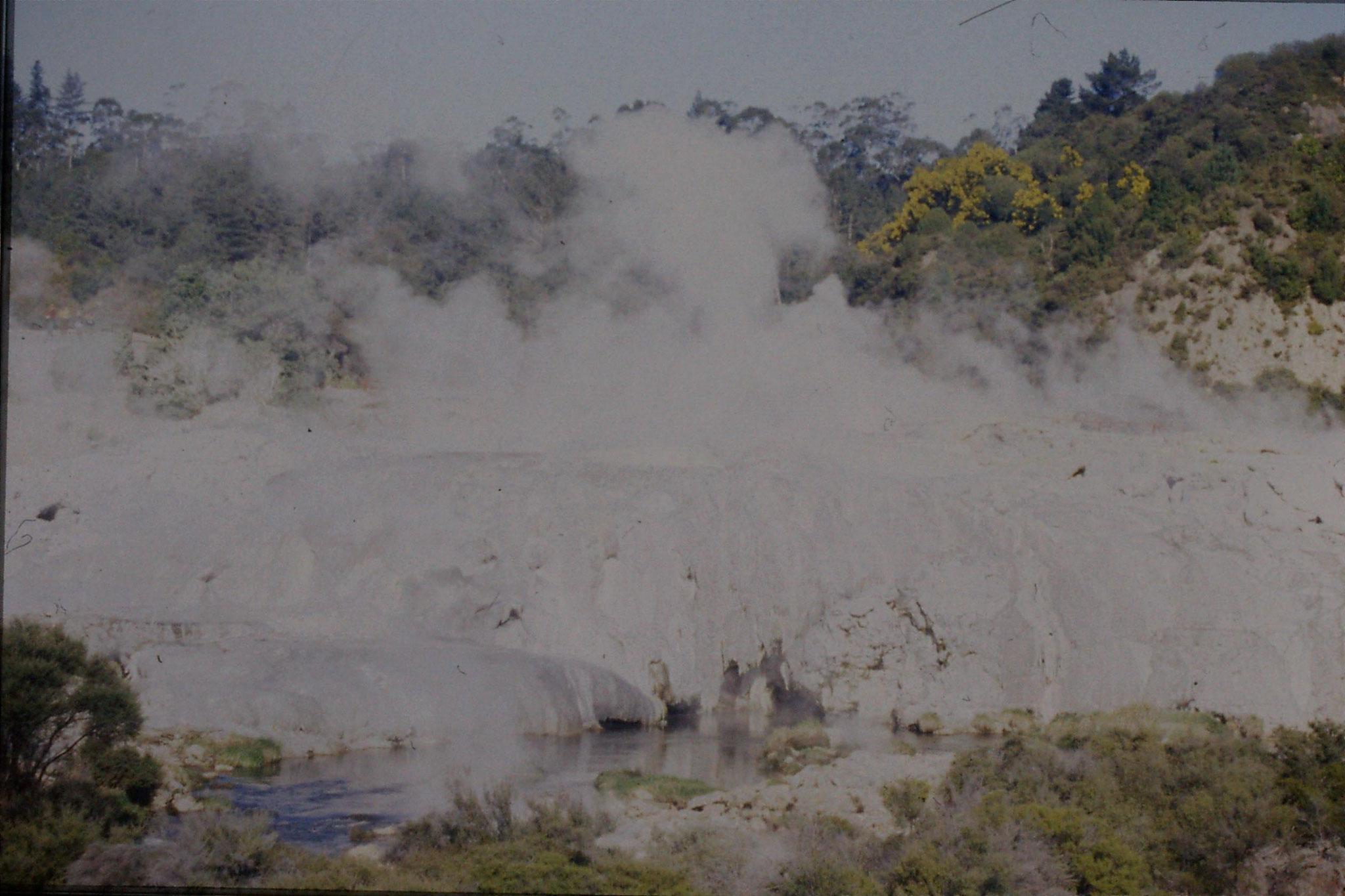 31/8/1990: 35: Rotorua Whakarewarewa
