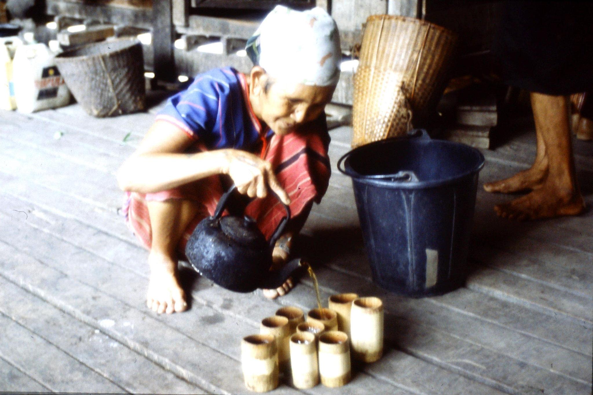 12/6/1990: 23: Trek - Hue Kom Karen village, pouring tea