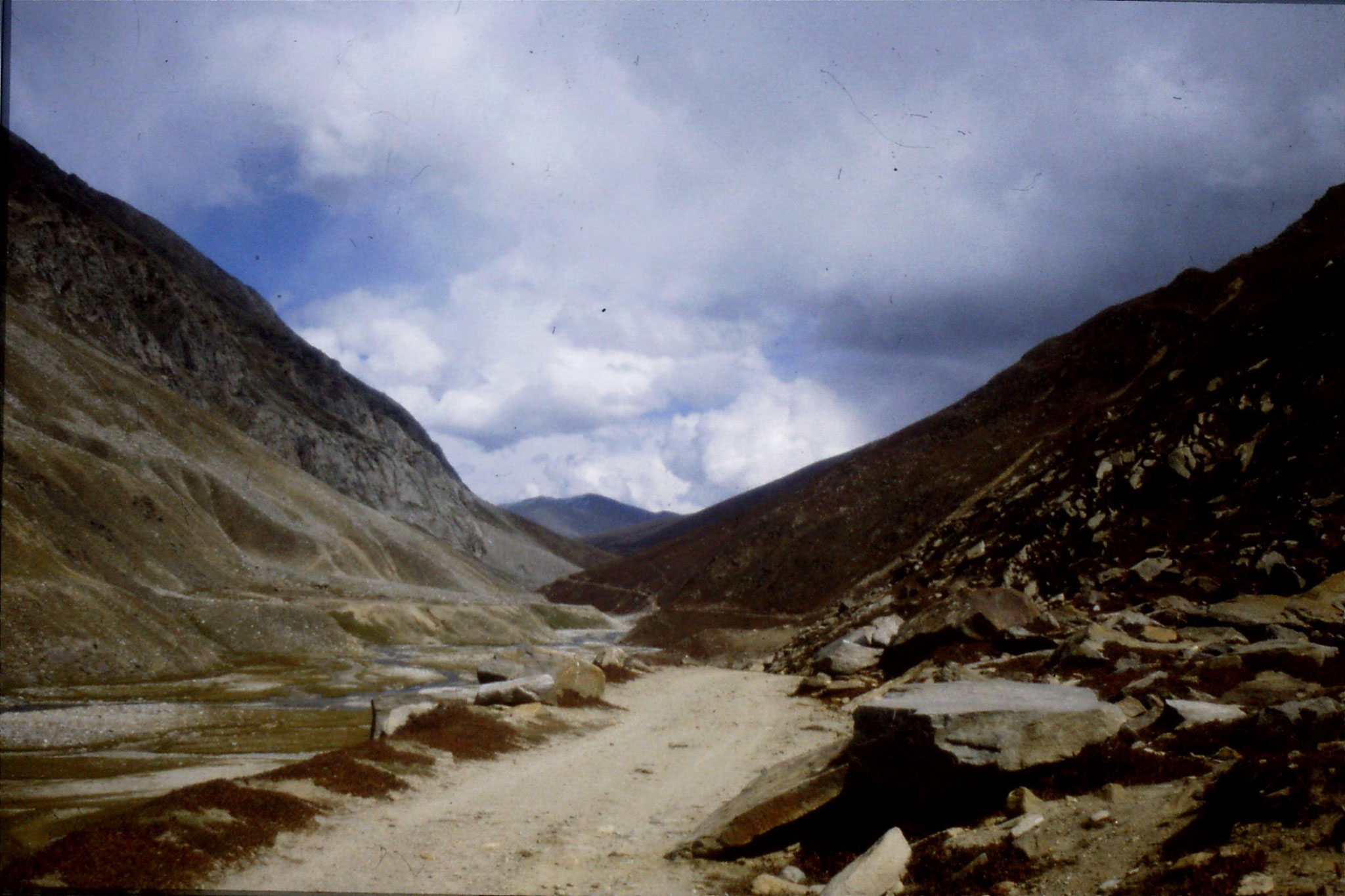 6/10/1989: 31: below Babusar Pass