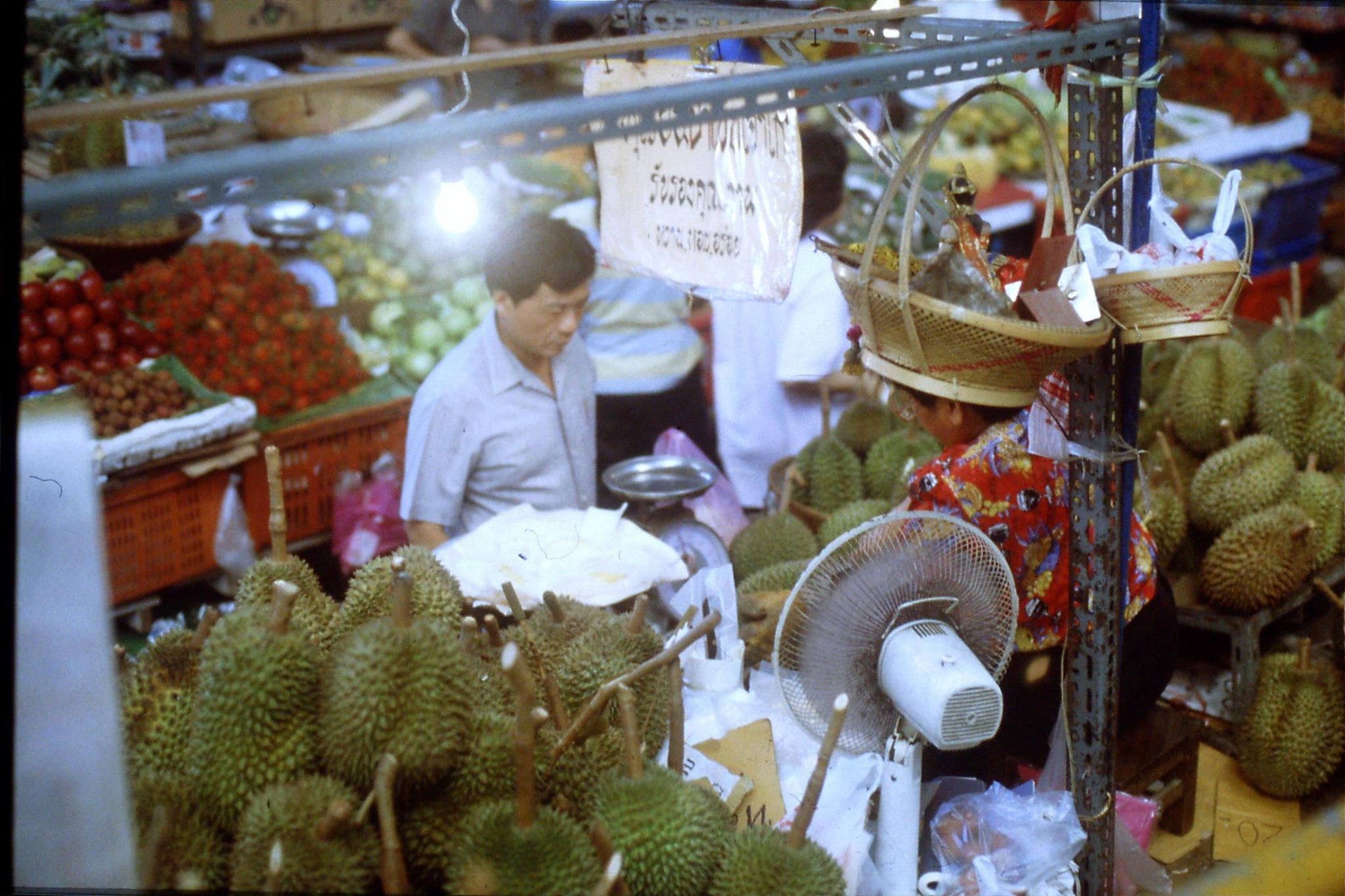 1/6/1990: Bangkok durian seller