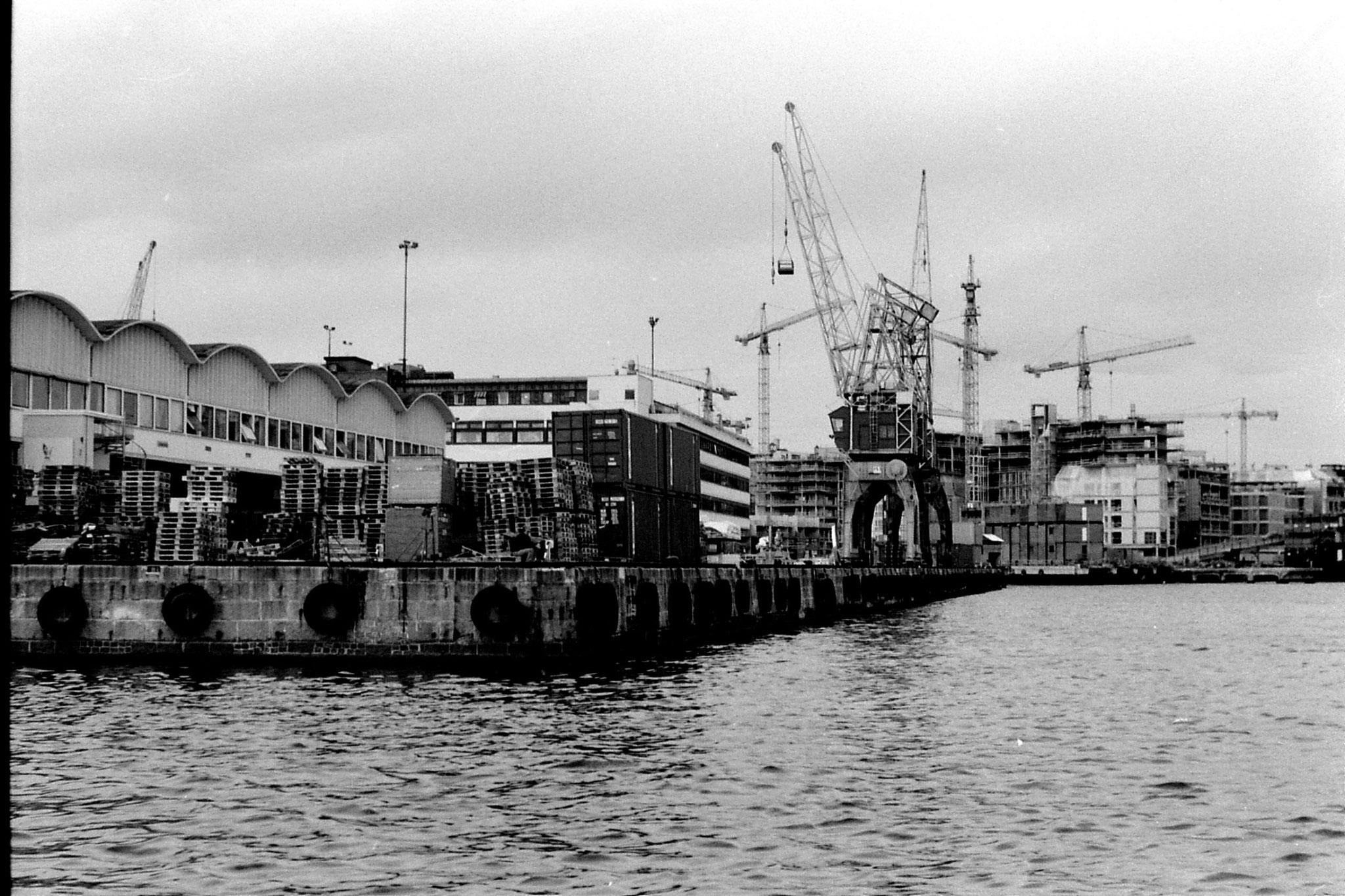 15/9/1988: 8: Oslo harbour