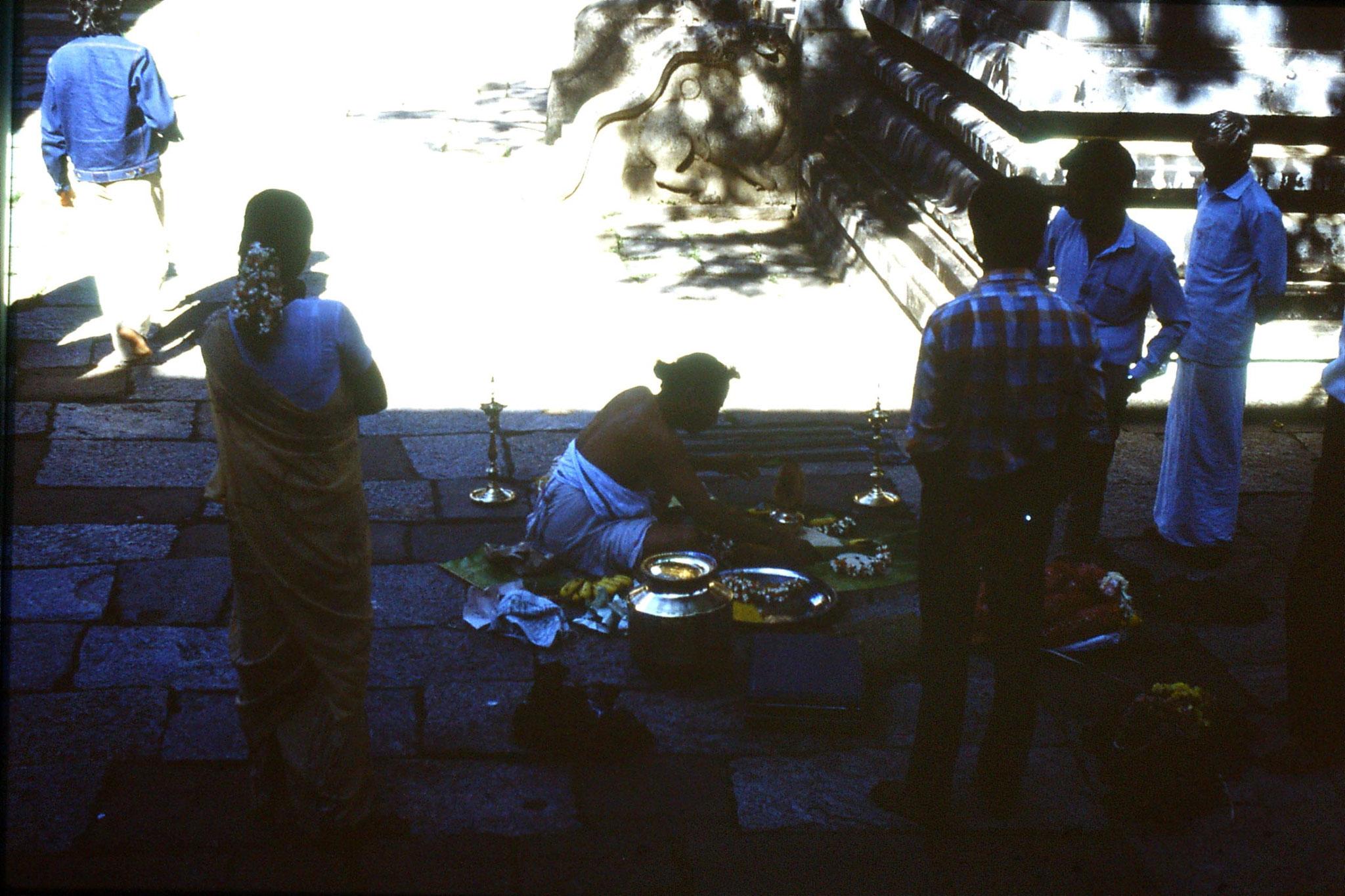 19/1/1990: 12: Kanchipuram, priest preparing for wedding