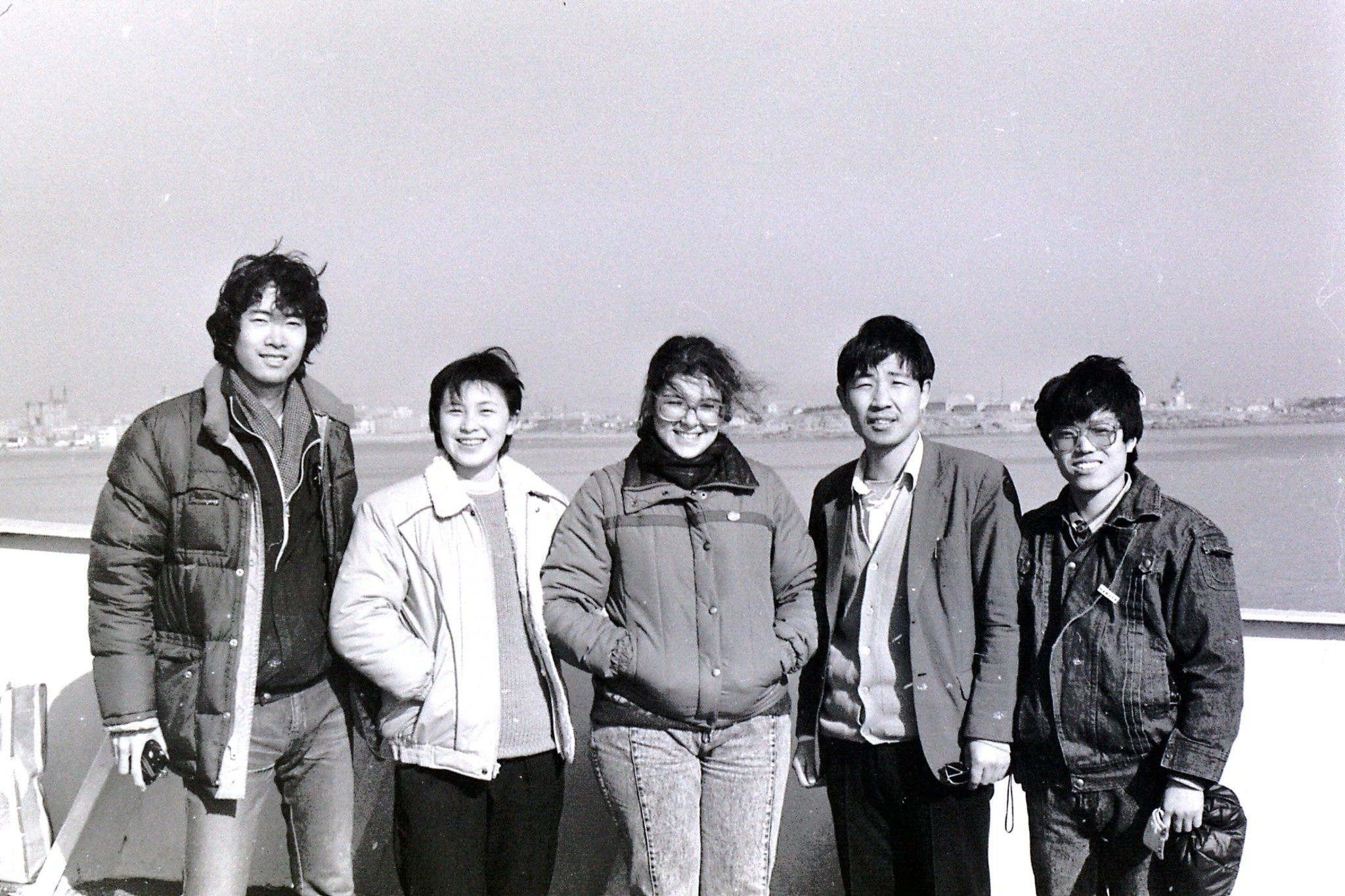 13/2/1989: 13: pictures on boat from Shanghai to Qingdao, arrival