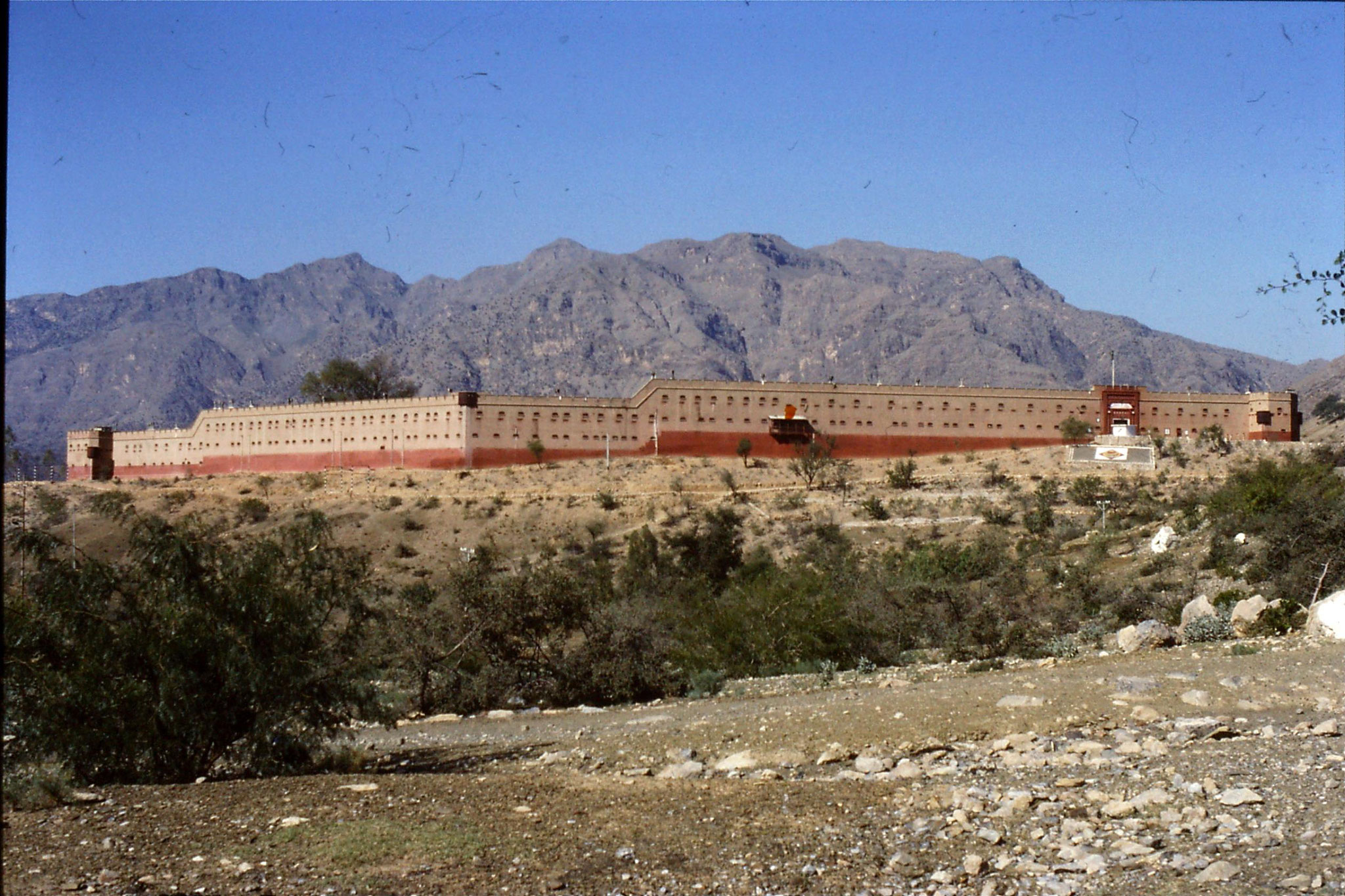 6/11/1989: 19: Khyber Pass Punjab regimental fort 'Shagai'