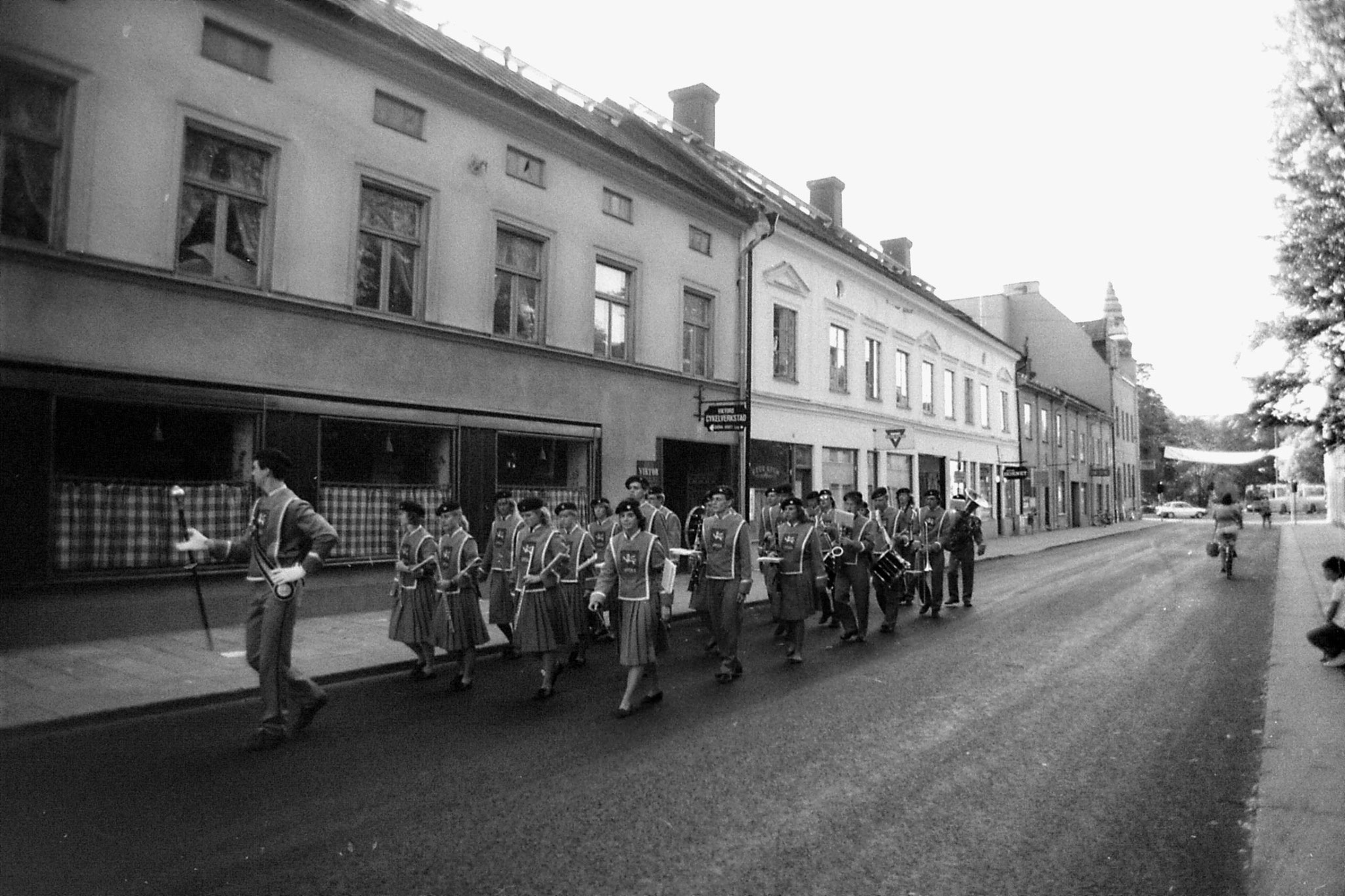 9/9/1988: 5: Uppsala marching band