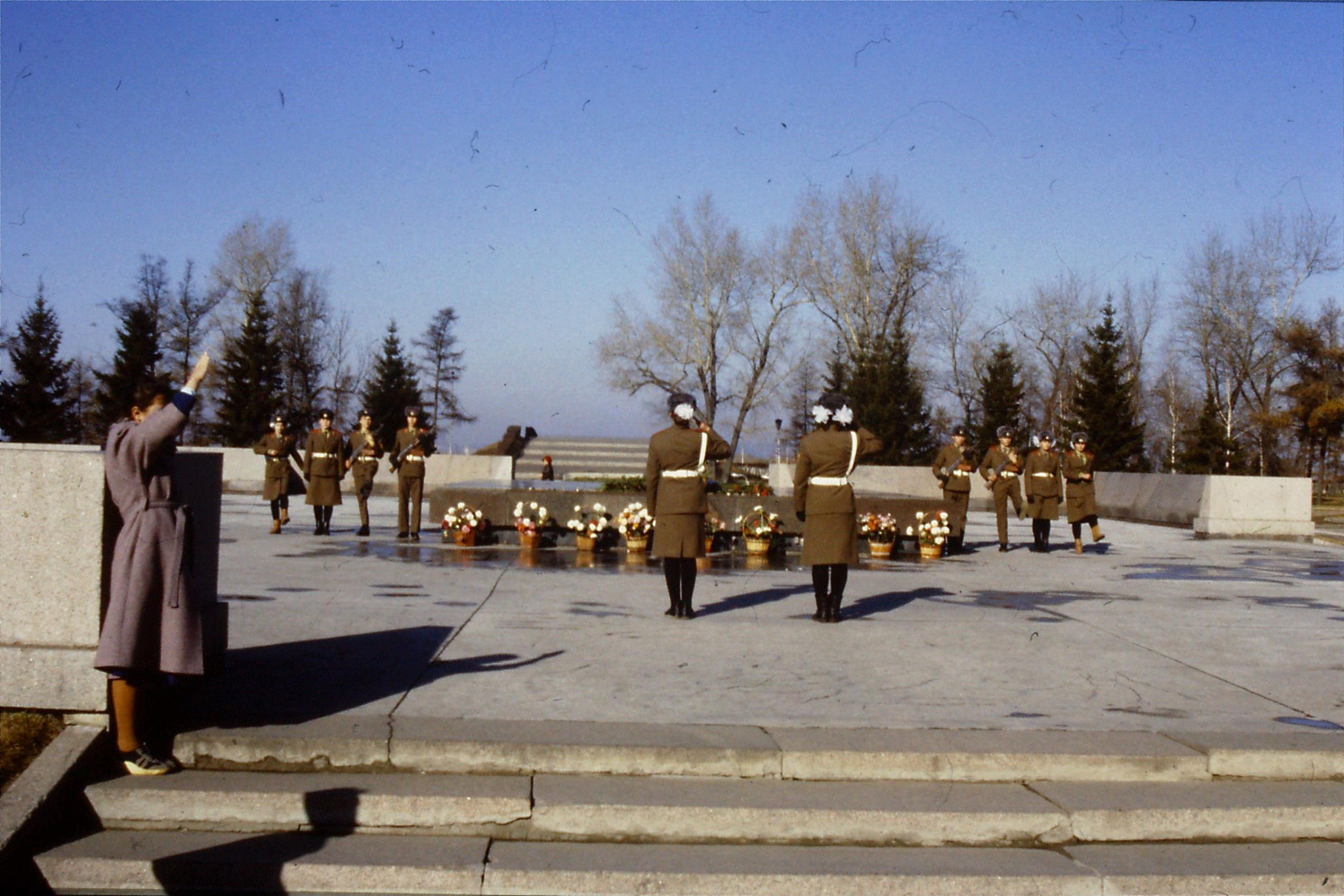 24/10/1988: 8: Irkutsk war memorial