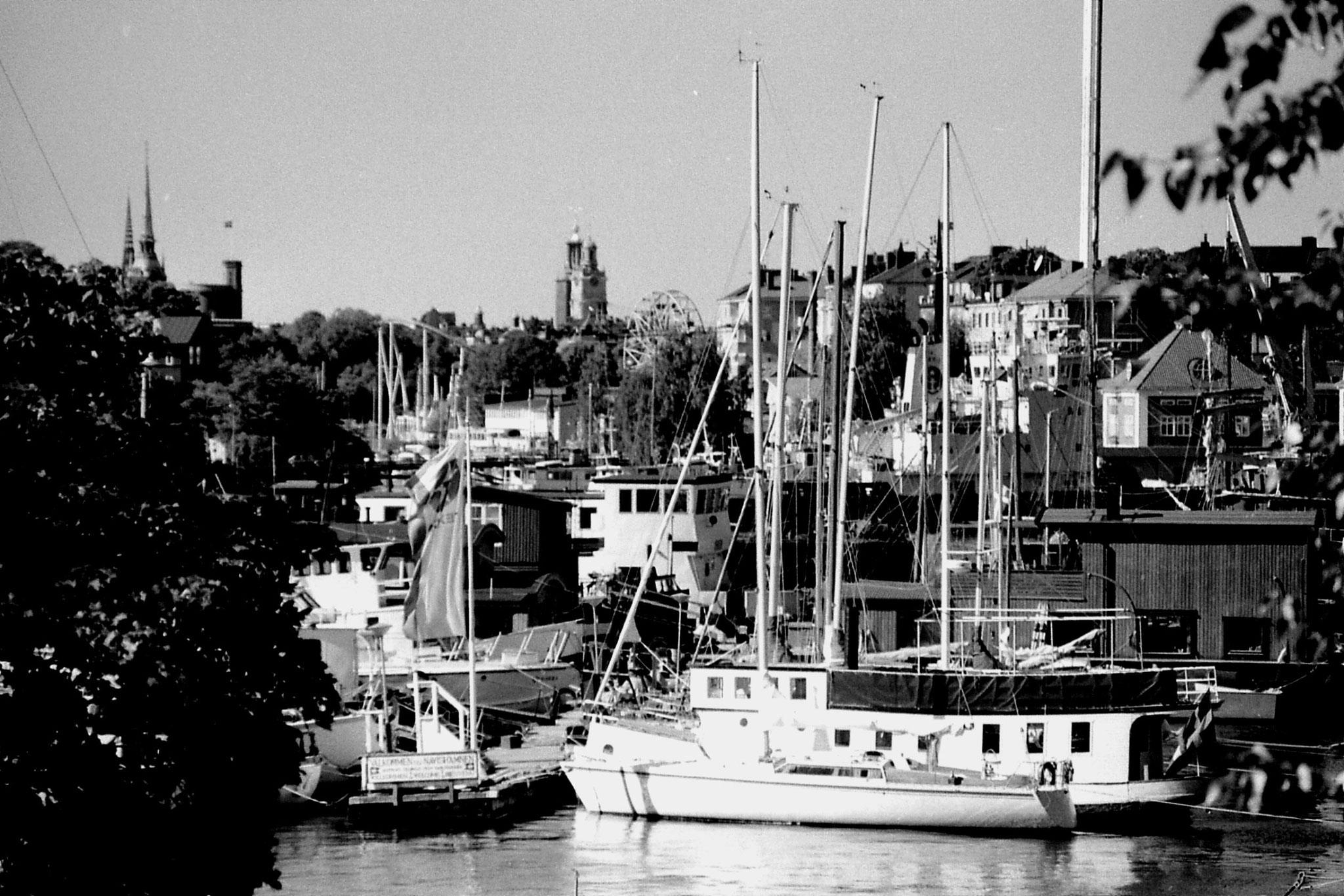7/9/1988: 36: Stockholm harbour