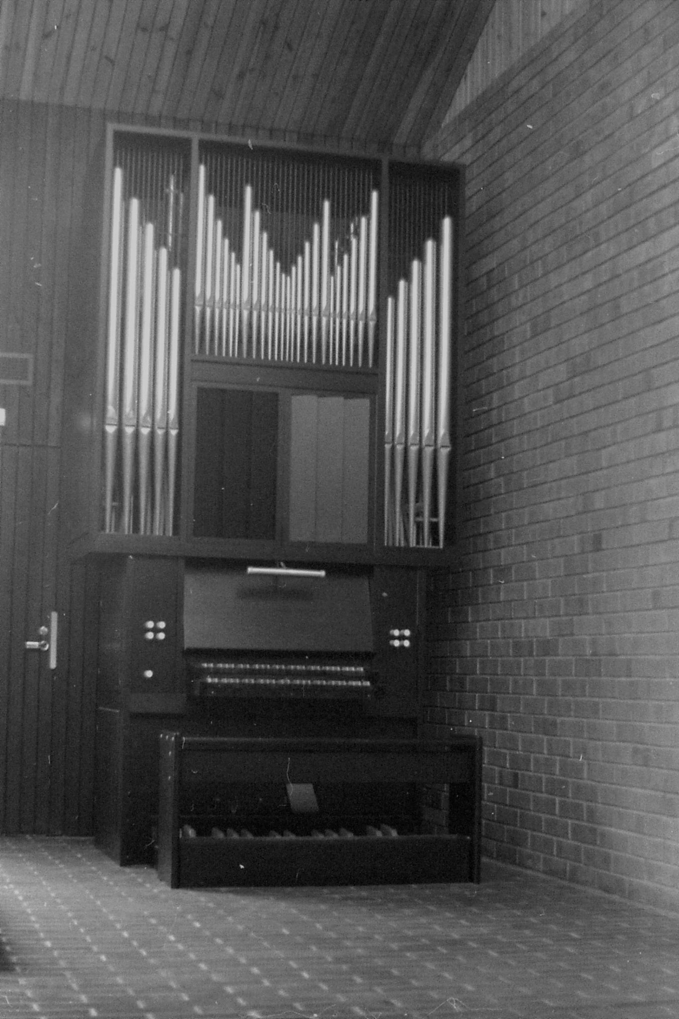 1/10/1988: 14: Otaniemi chapel organ