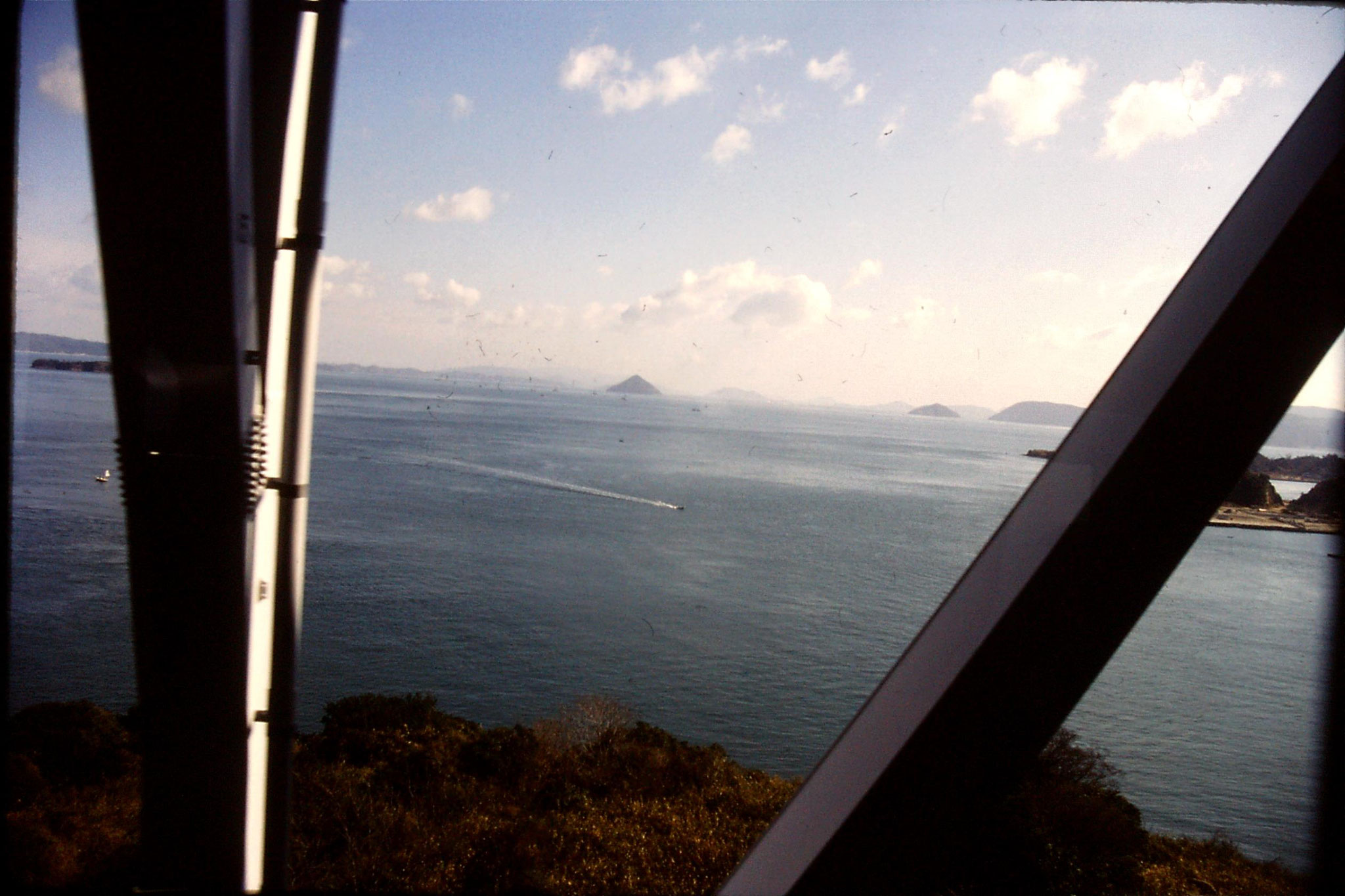 24/1/1989: 24: bridge over Seto Sea