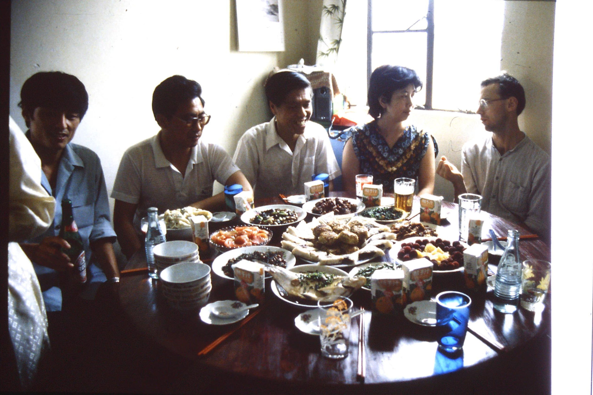 3/7/1989: 20: meal at Professor Xu's flat in Shanghai