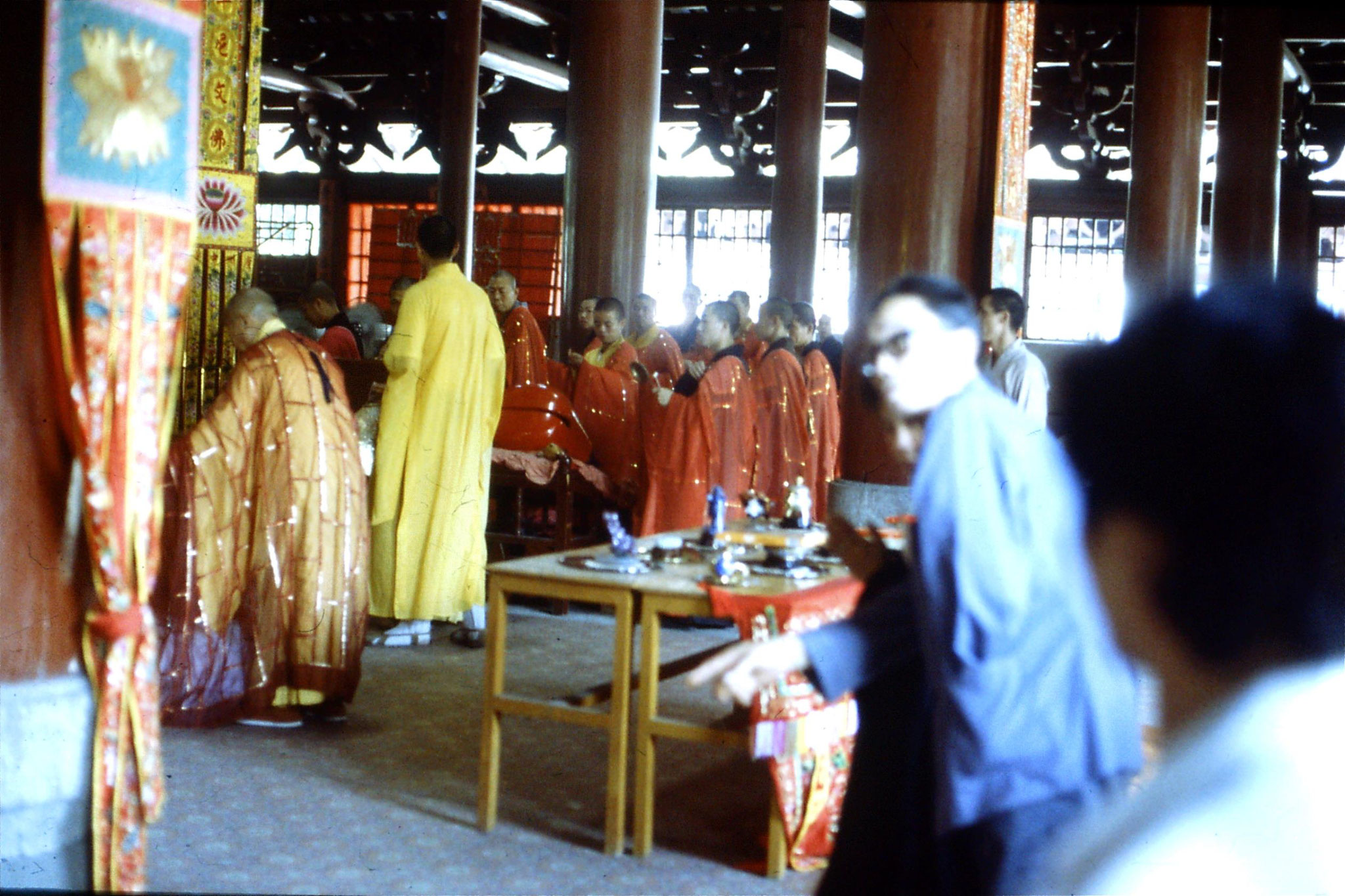 18/5/1989: 3: Guangzhou Filial Piety Temple ceremony
