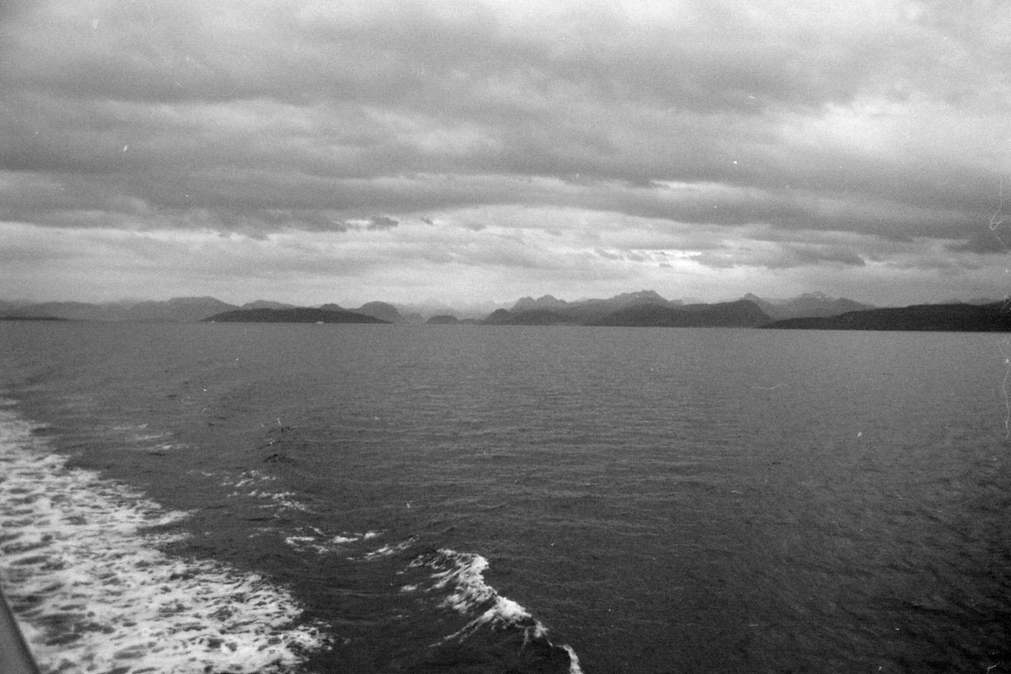 22/9/1988: 3: leaving Molde, Romsdal mountains